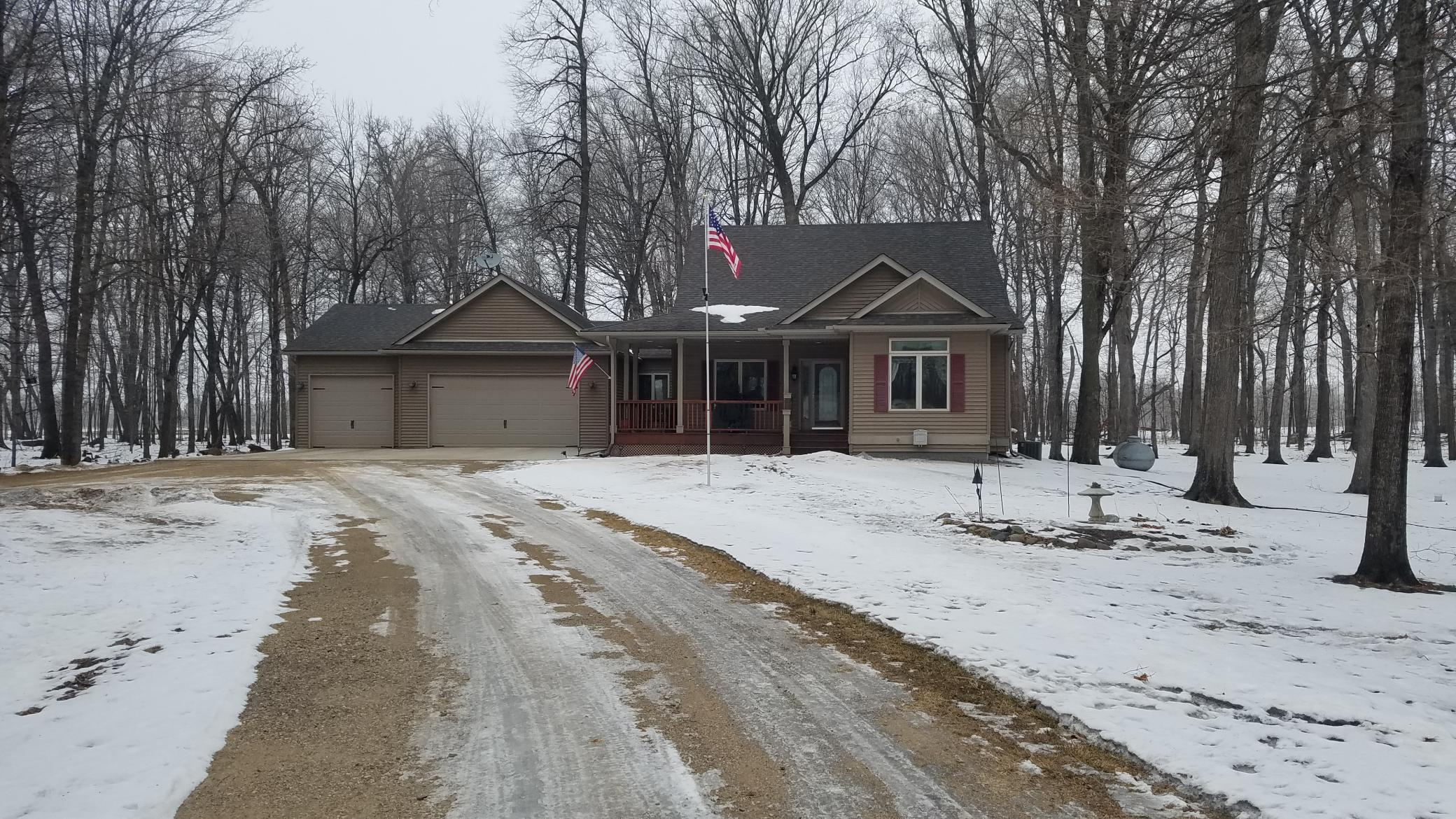 18642 Frontier Lane Property Photo - New Ulm, MN real estate listing