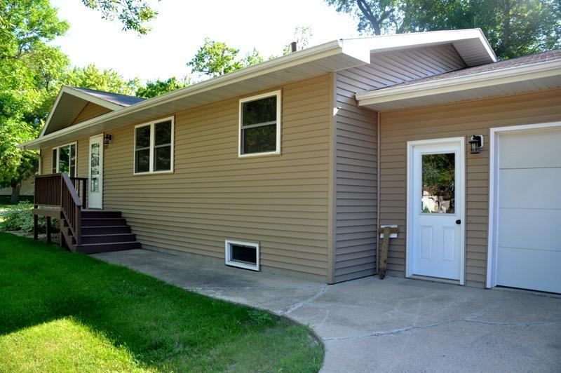 215 1st Street W Property Photo - Clinton, MN real estate listing