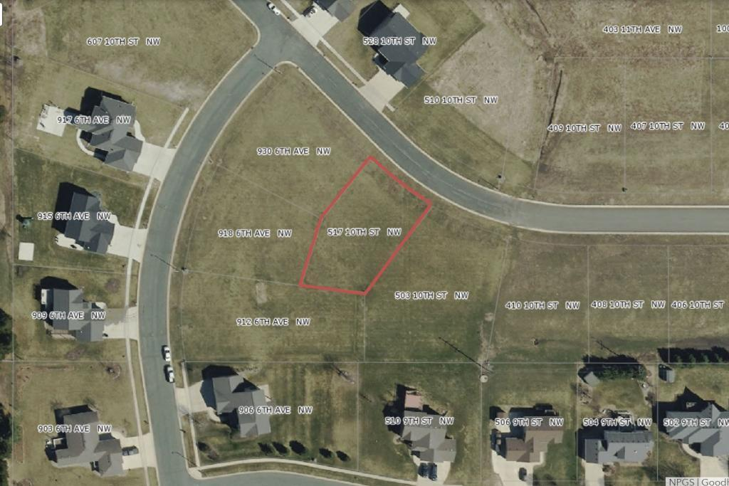 517 10th Street NW Property Photo - Dodge Center, MN real estate listing