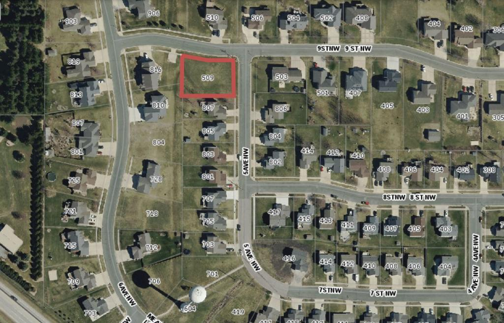 509 9th Street NW Property Photo - Dodge Center, MN real estate listing