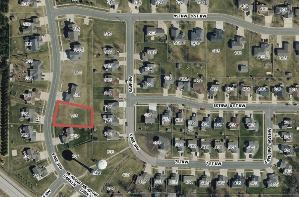 718 6th Avenue NW Property Photo - Dodge Center, MN real estate listing