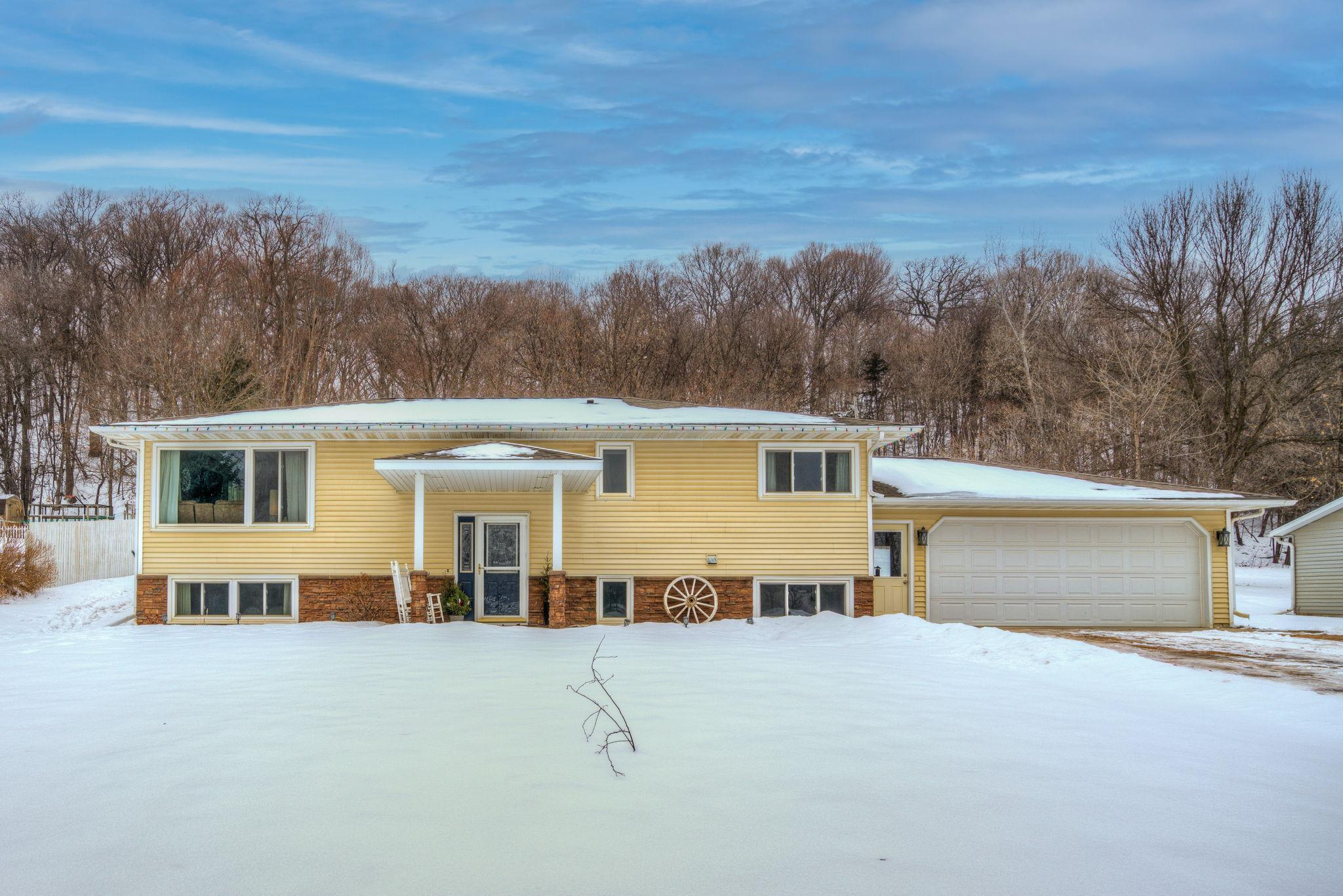 32338 300th Street Property Photo - Henderson, MN real estate listing
