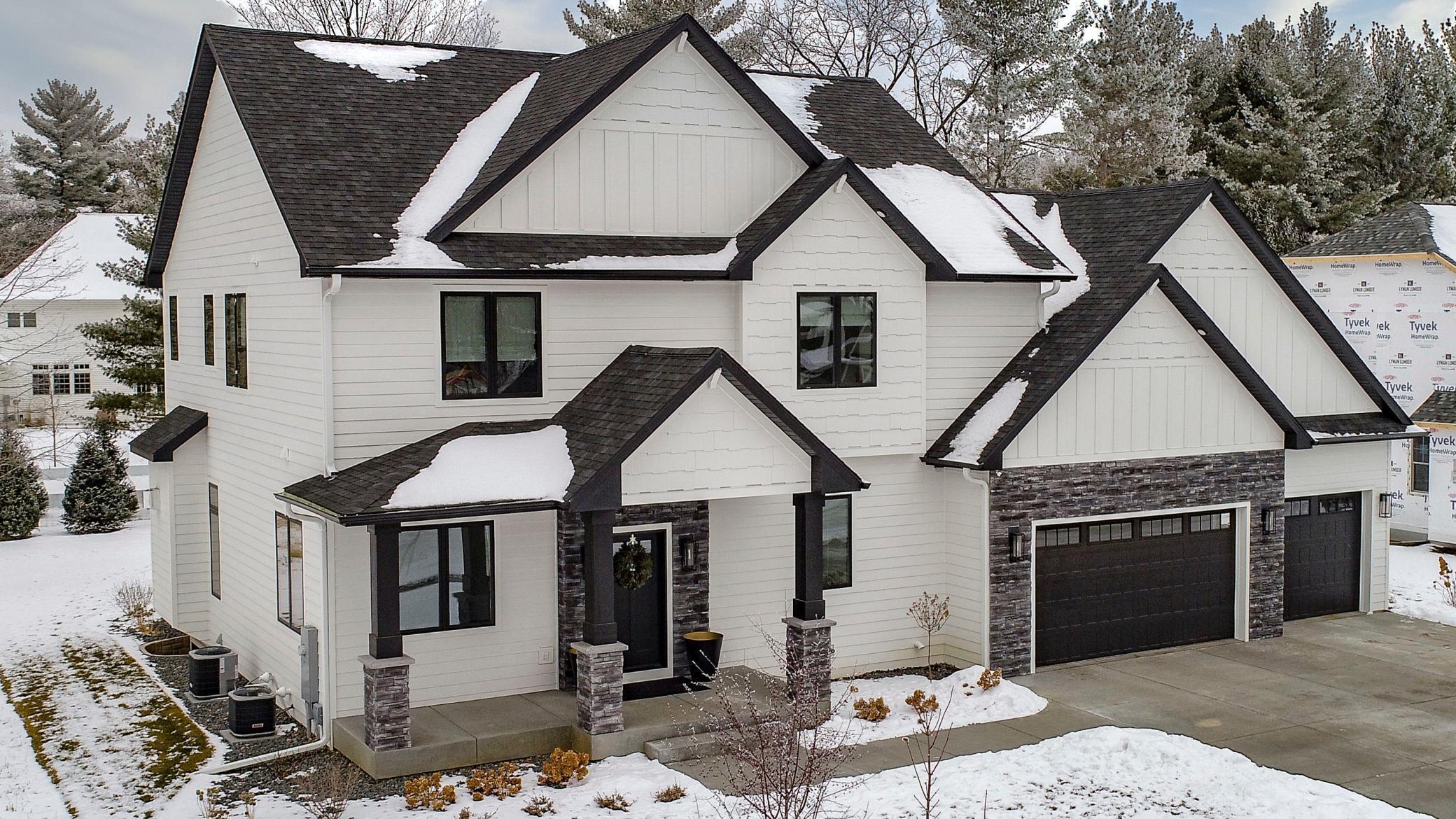 3754 Crest Ridge Court Property Photo - Eau Claire, WI real estate listing