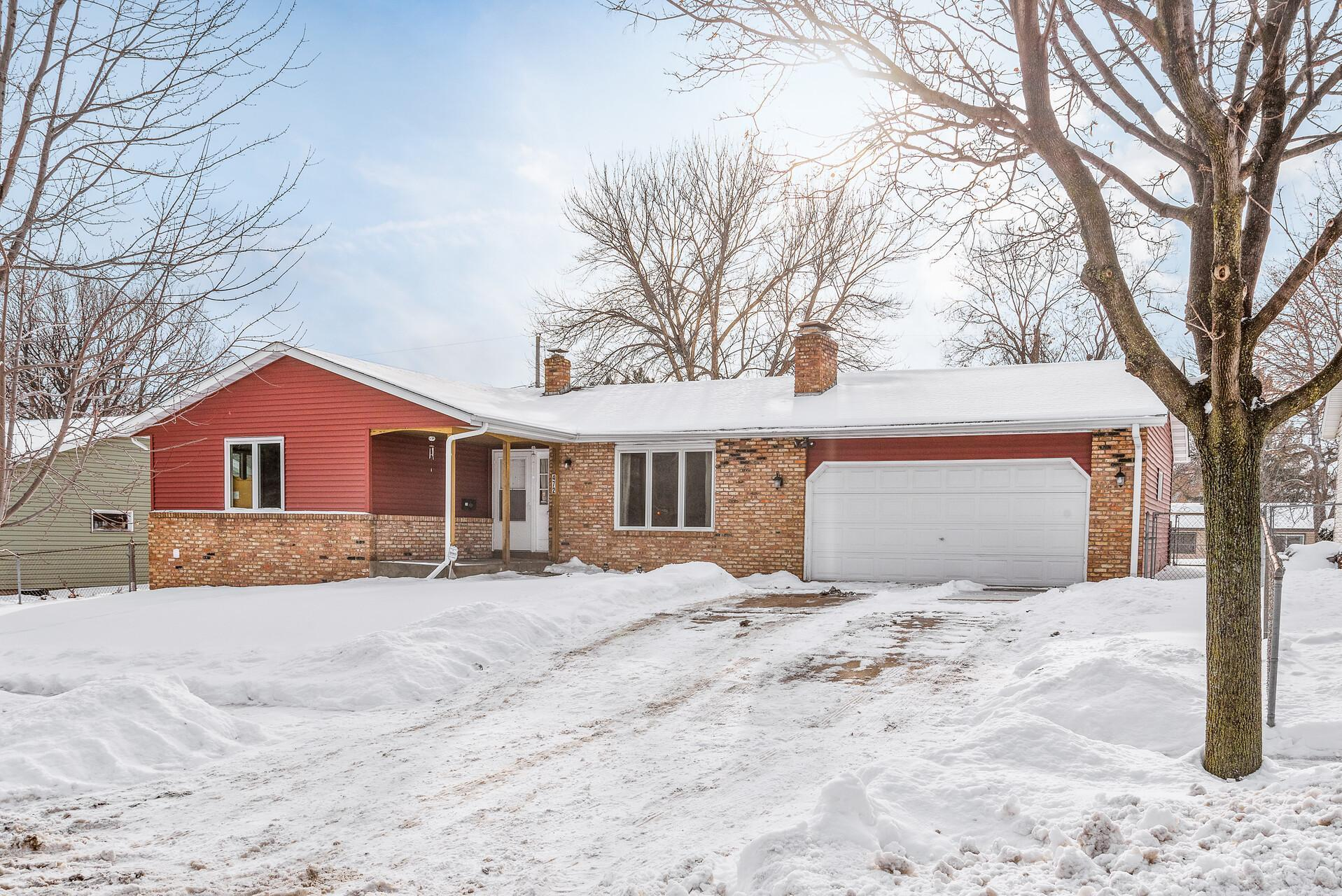 472 Central Avenue W Property Photo - Saint Paul, MN real estate listing
