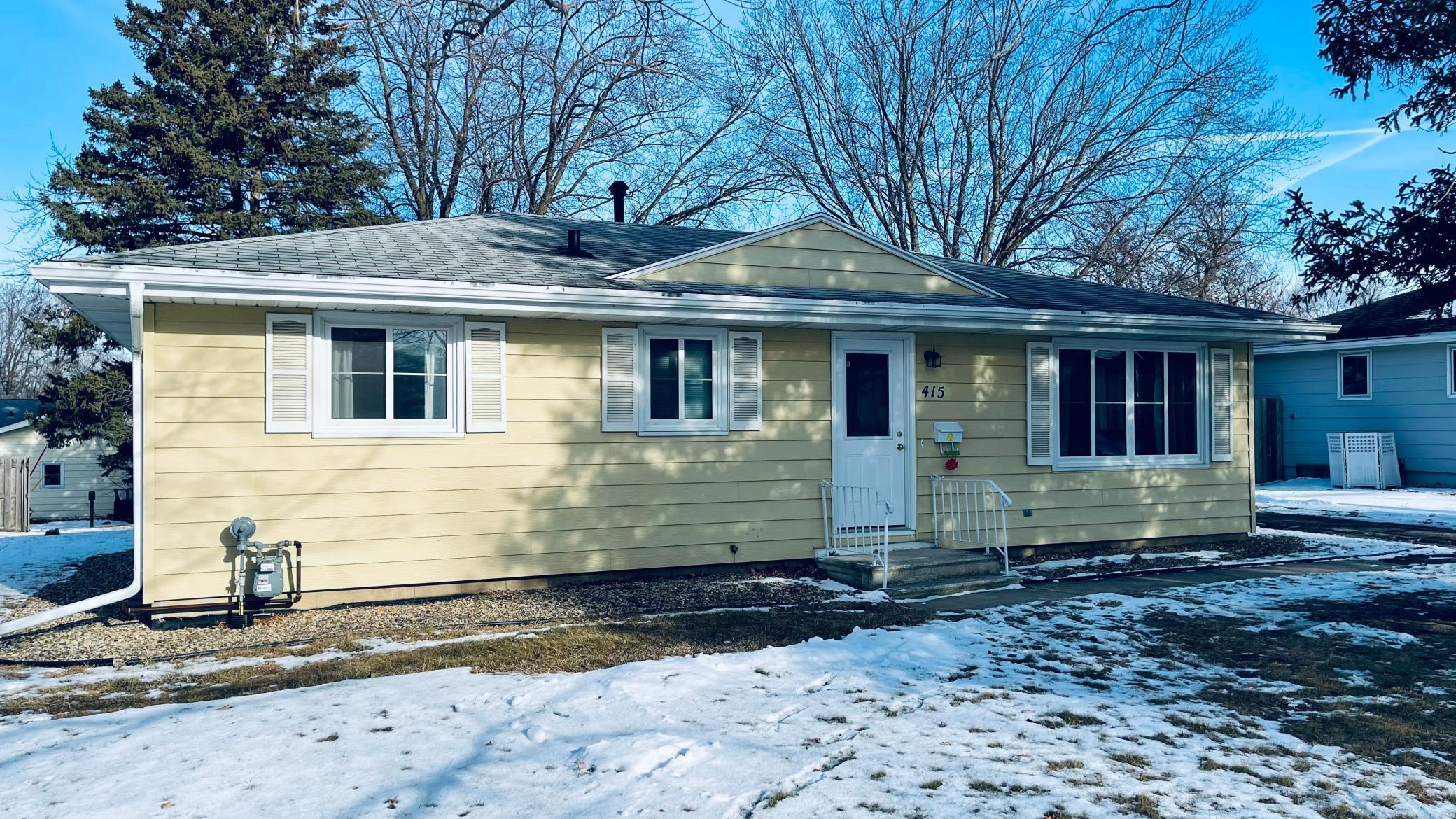 415 3rd Street NE Property Photo - Stewartville, MN real estate listing