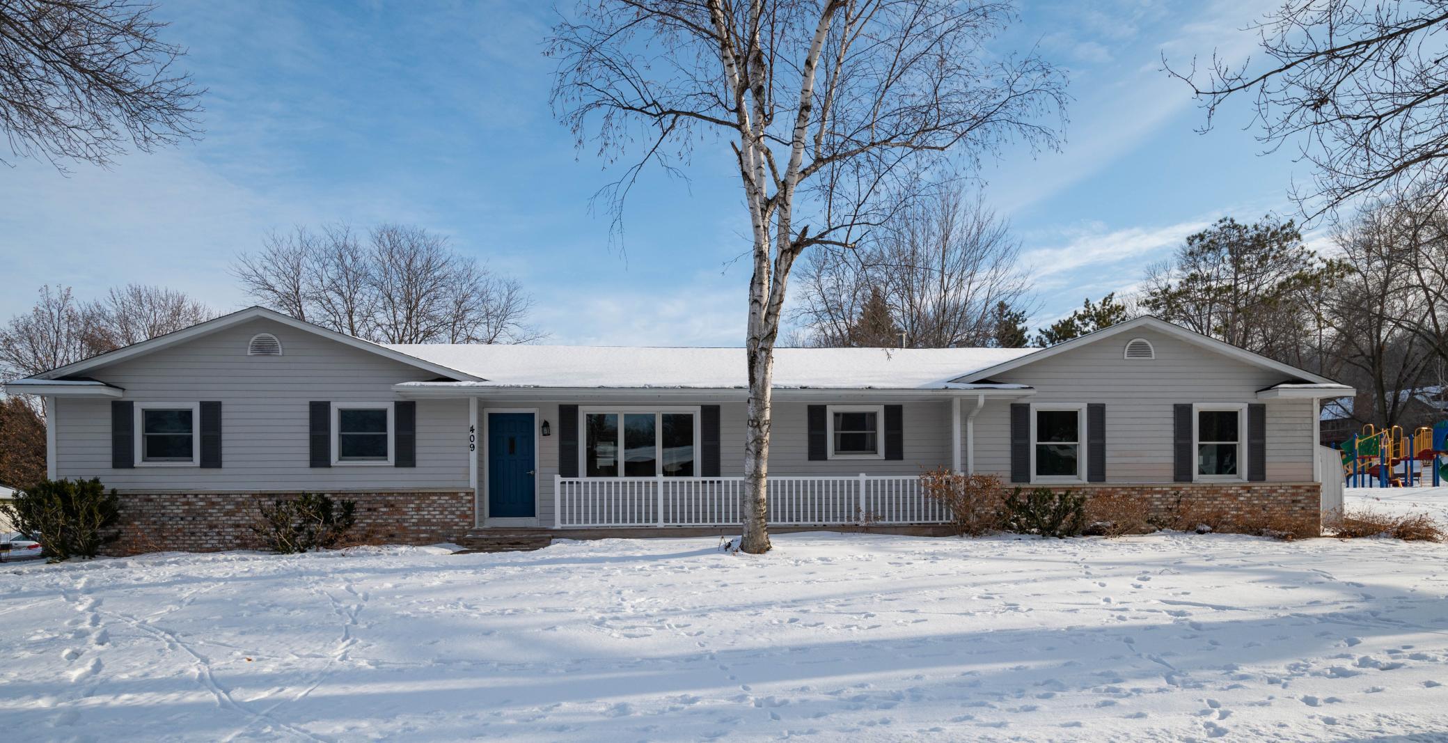 409 Sandy Lane Property Photo 1