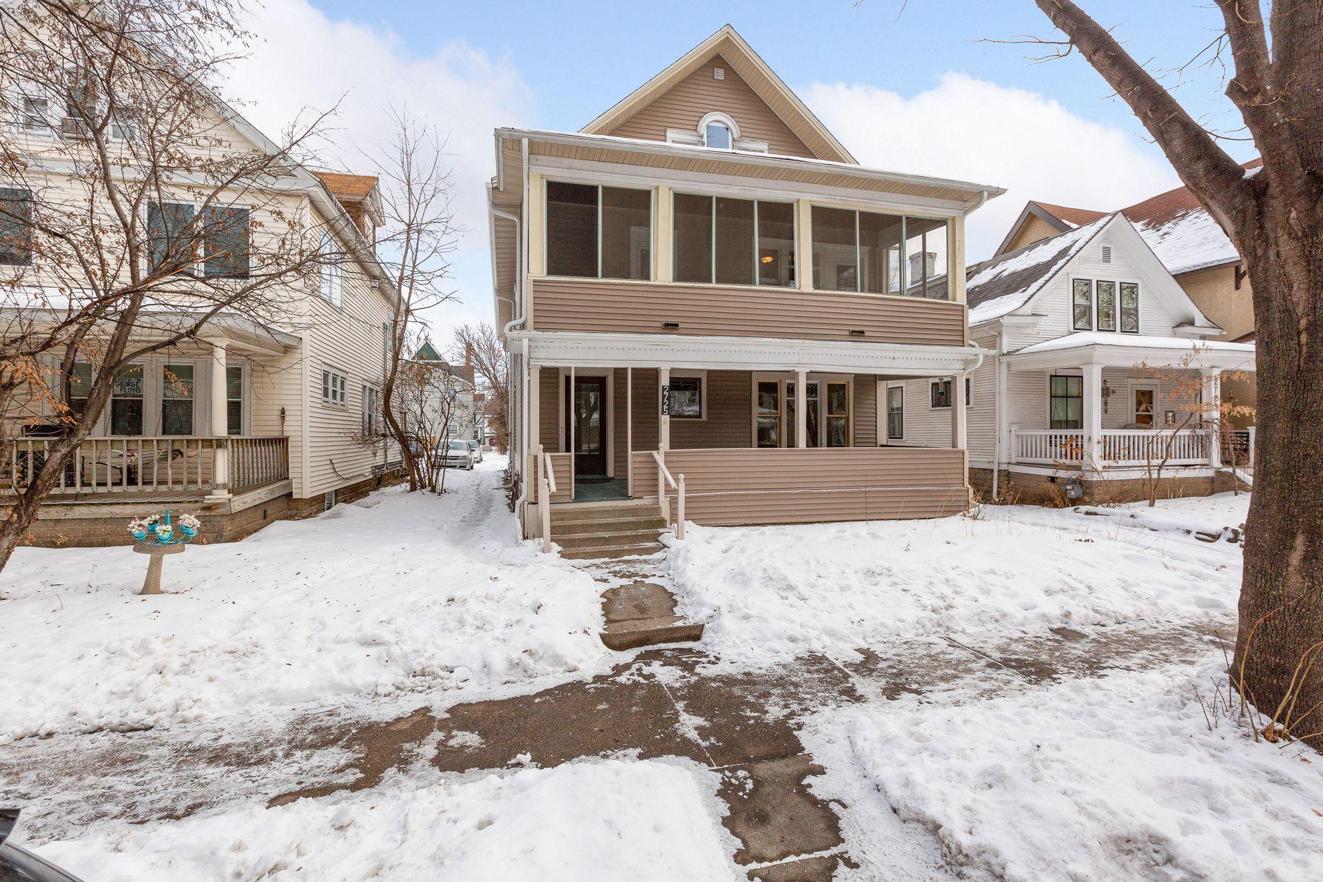 2725 Fremont Avenue S Property Photo