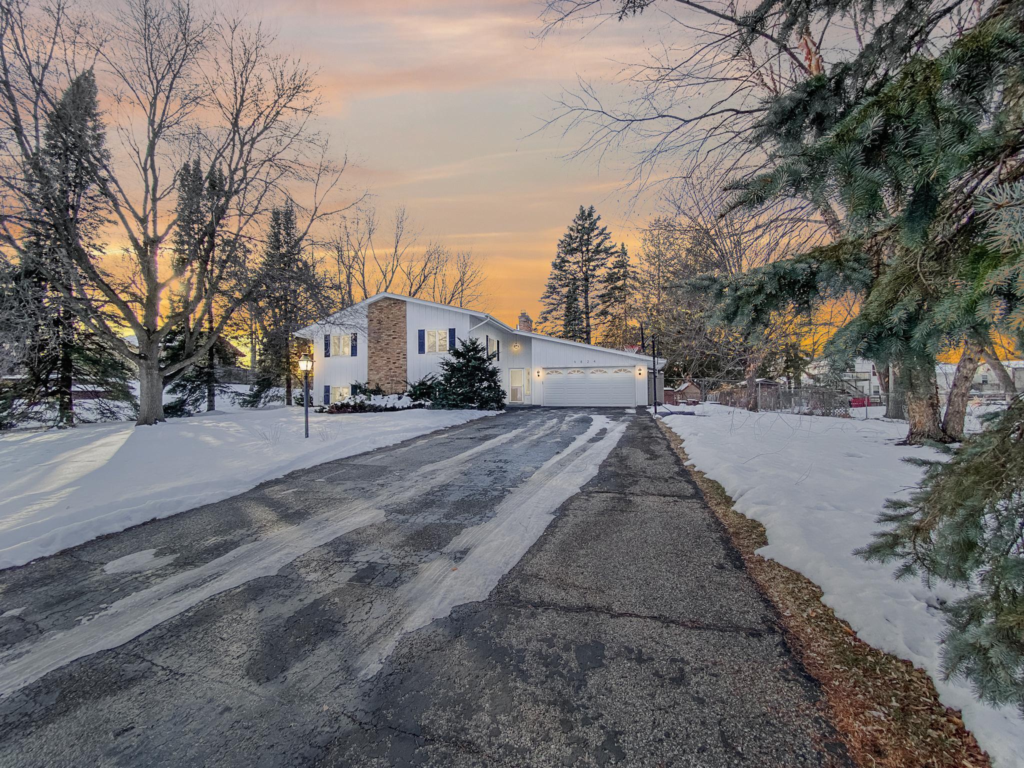 9824 Upton Circle S Property Photo - Bloomington, MN real estate listing