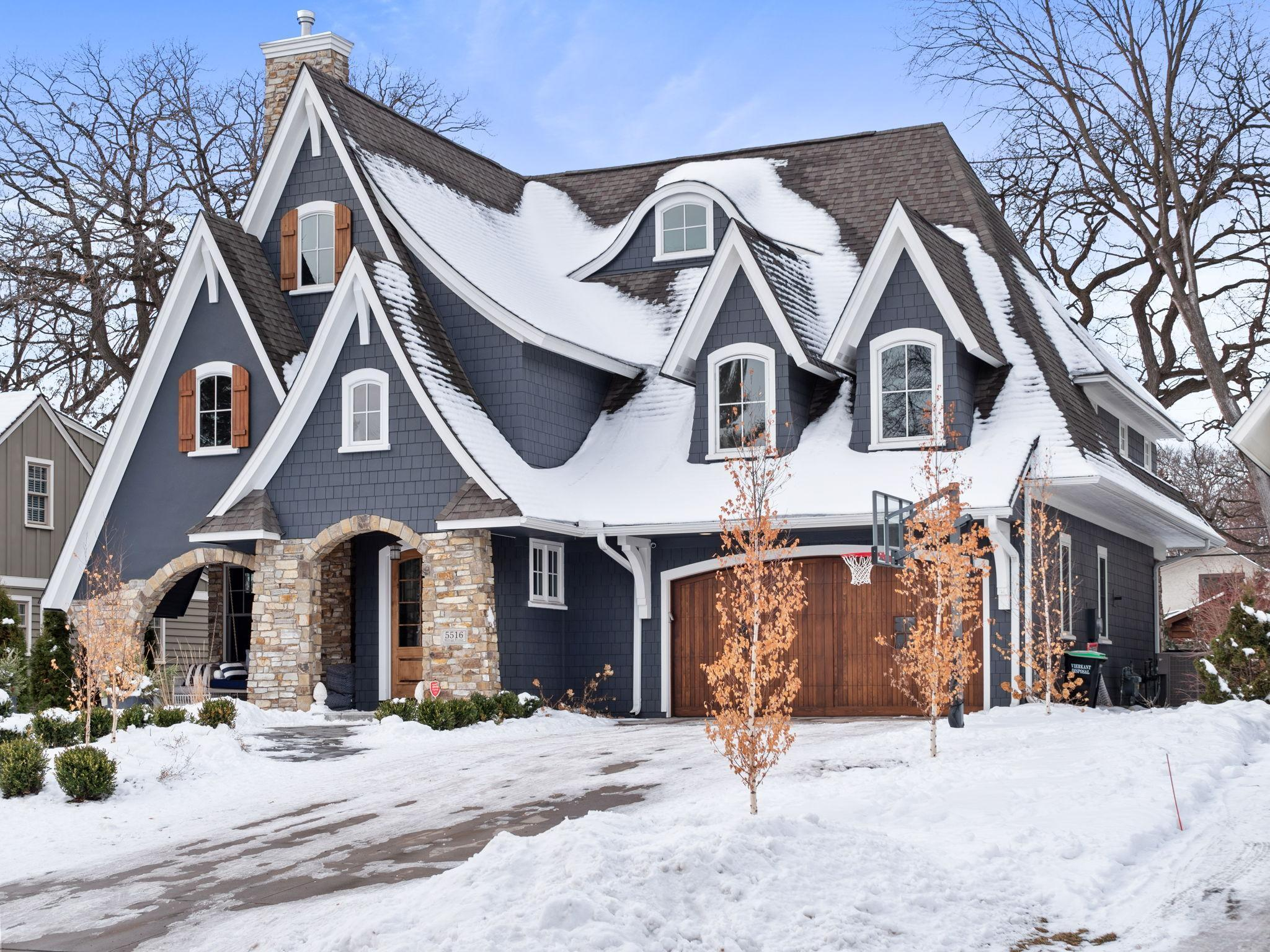 5516 Kellogg Avenue Property Photo