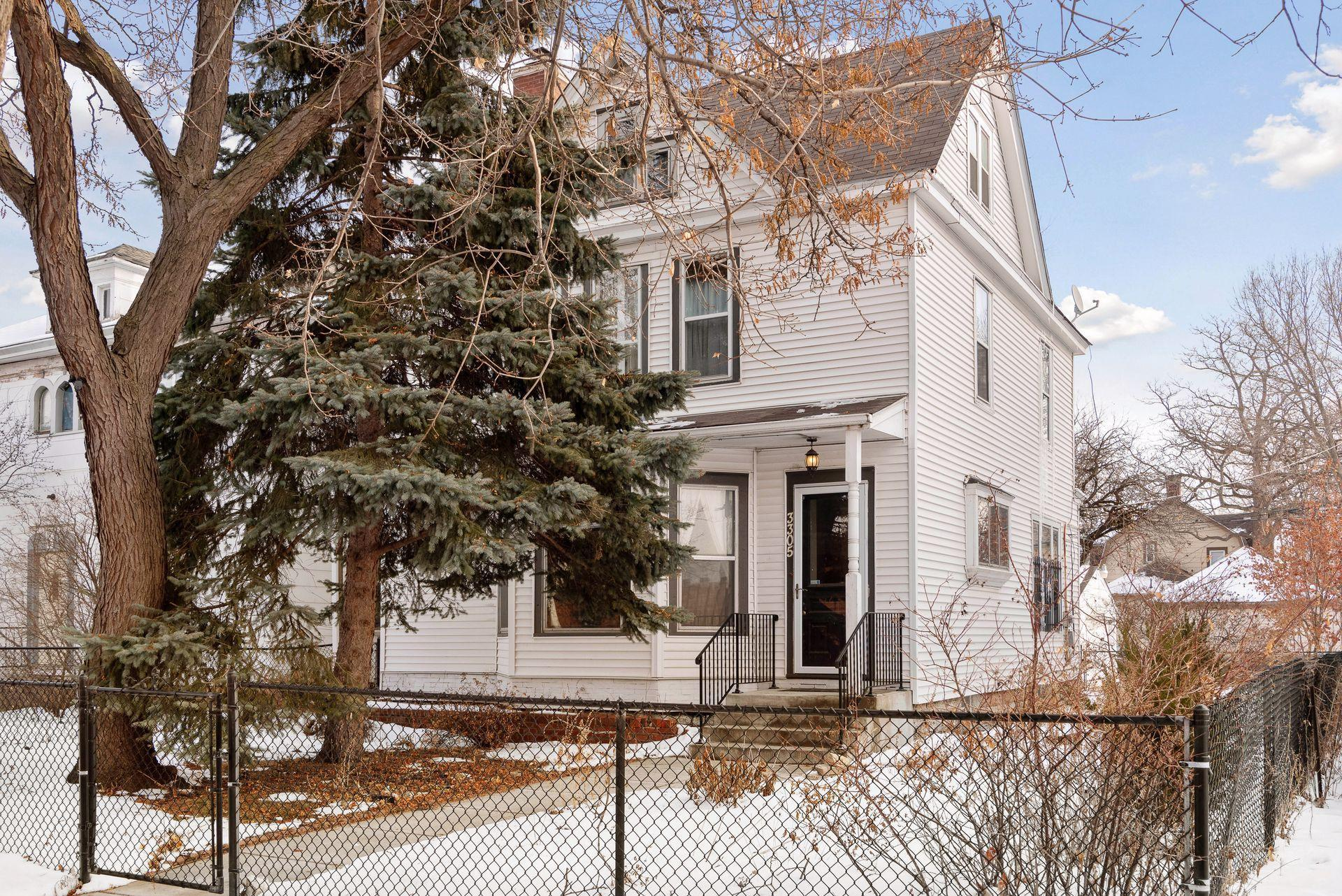 3305 2nd Avenue S Property Photo - Minneapolis, MN real estate listing