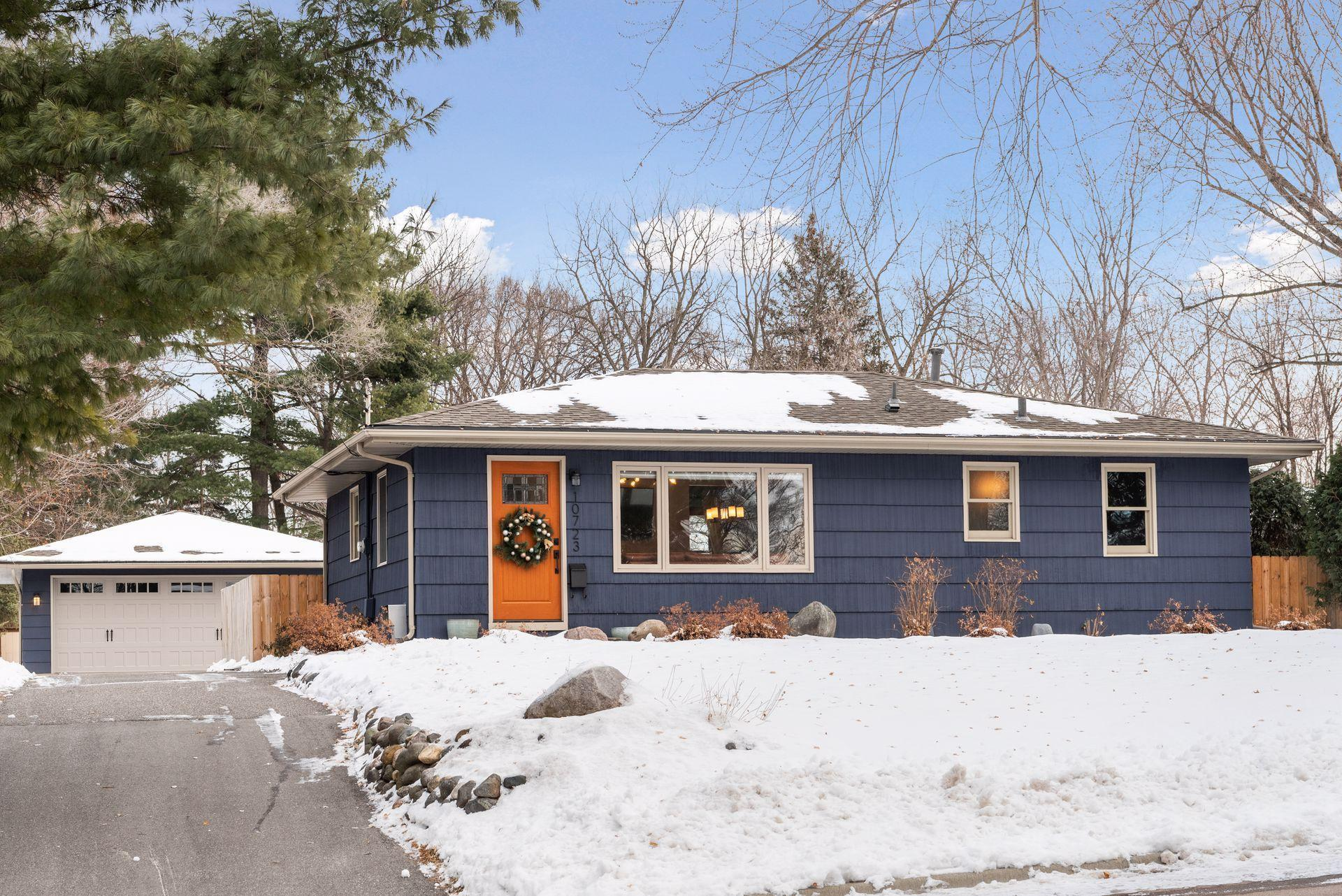 10723 Russell Avenue S Property Photo - Bloomington, MN real estate listing