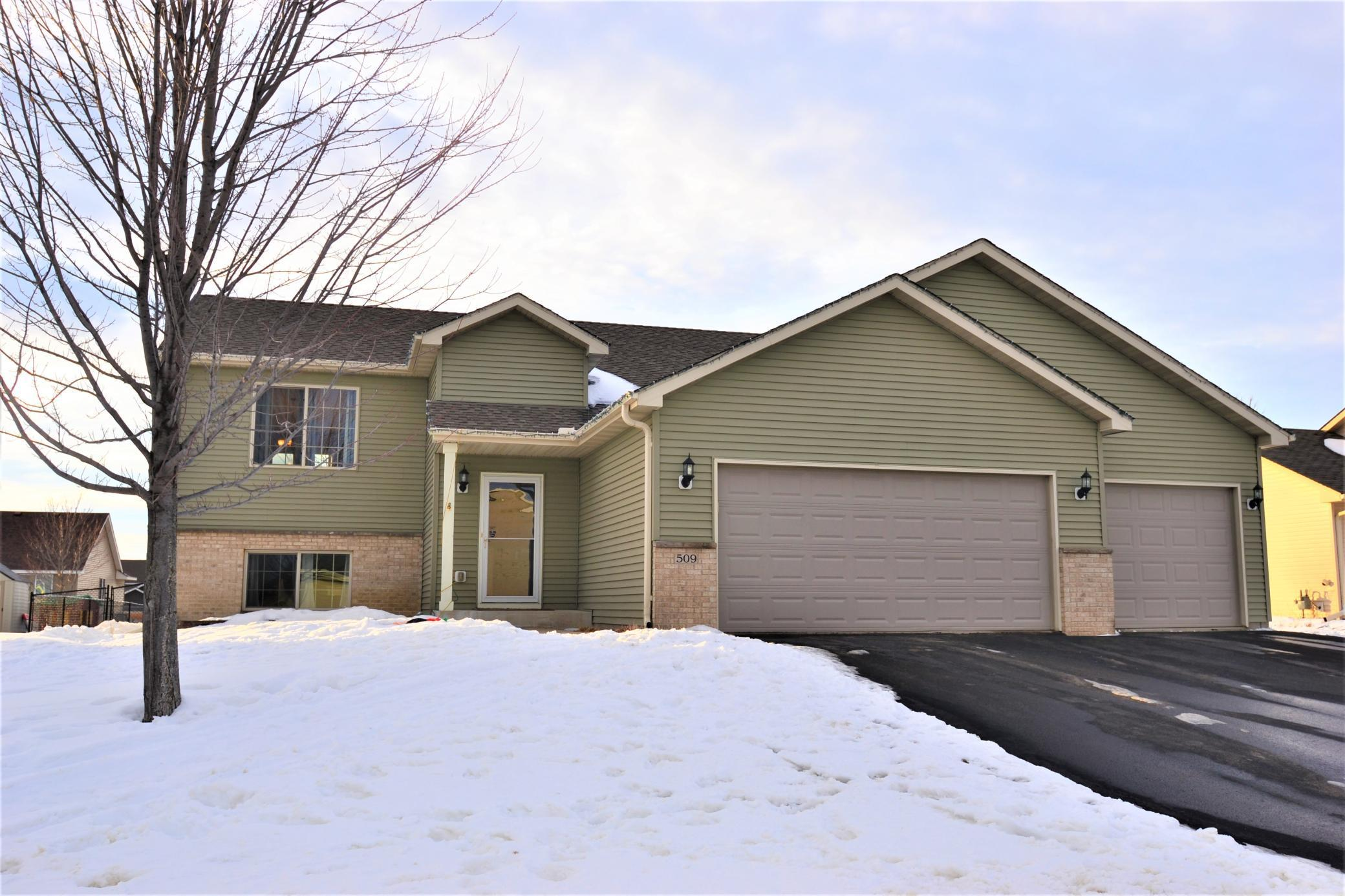 509 5th Avenue NE Property Photo - Lonsdale, MN real estate listing