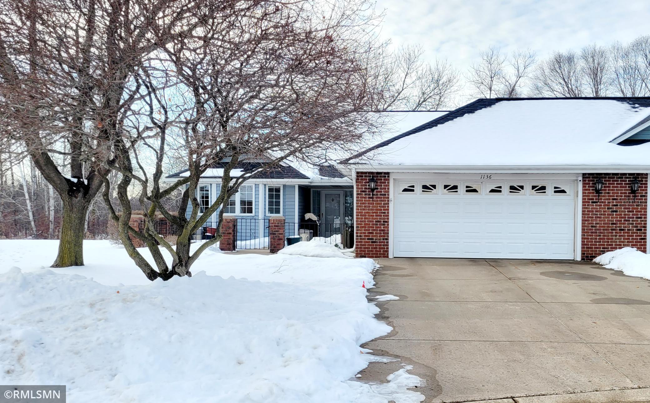 1136 Lois Court Property Photo - Shoreview, MN real estate listing