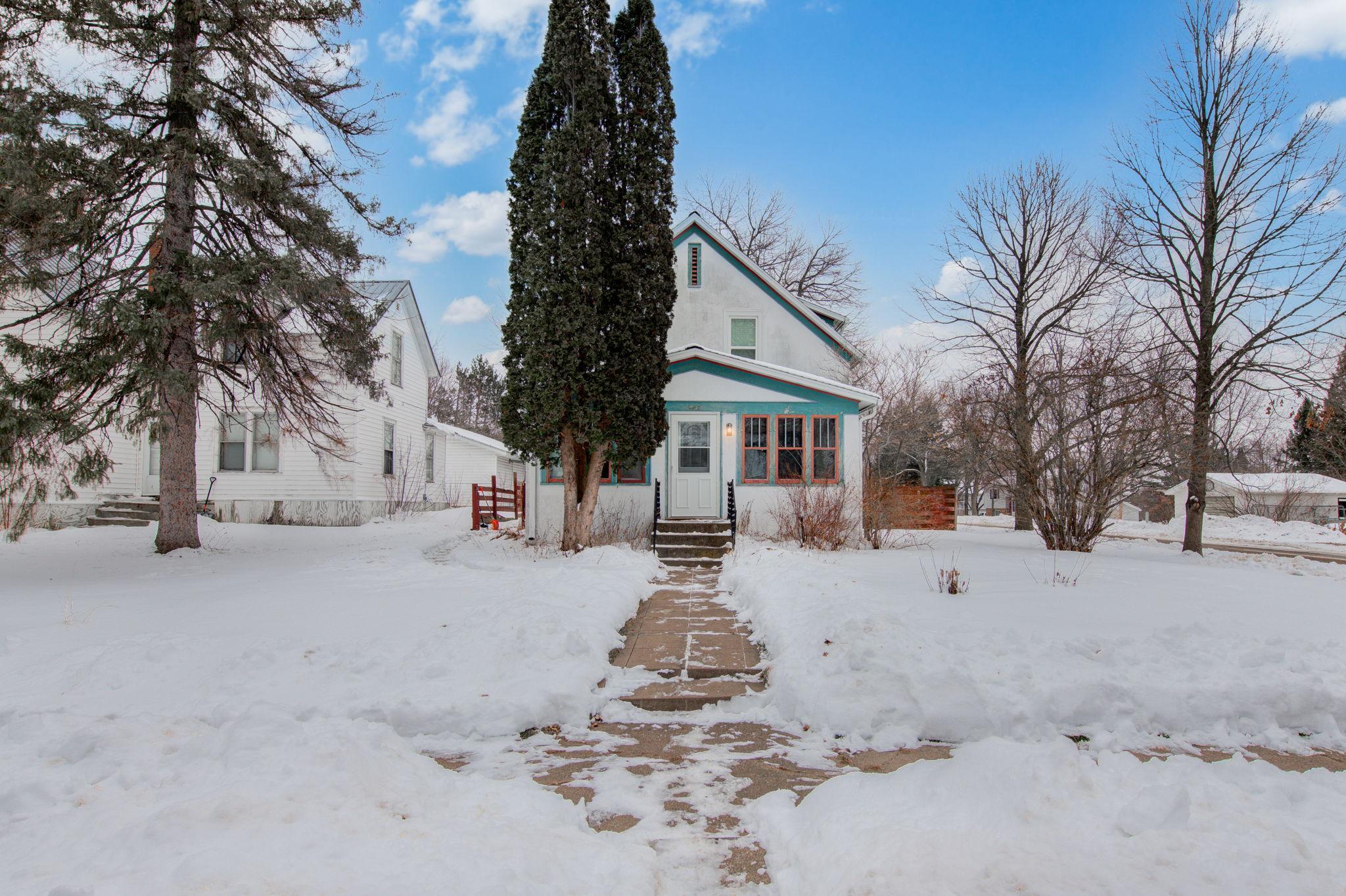 502 Park Avenue Property Photo - Sandstone, MN real estate listing