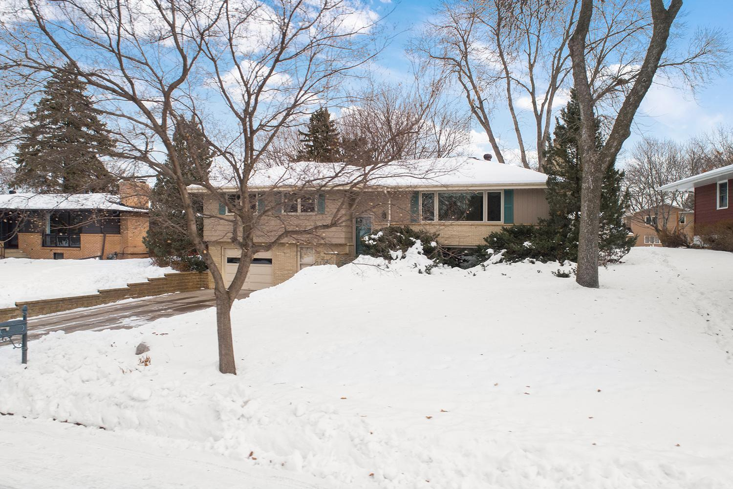 5817 Tennison Drive NE Property Photo - Fridley, MN real estate listing