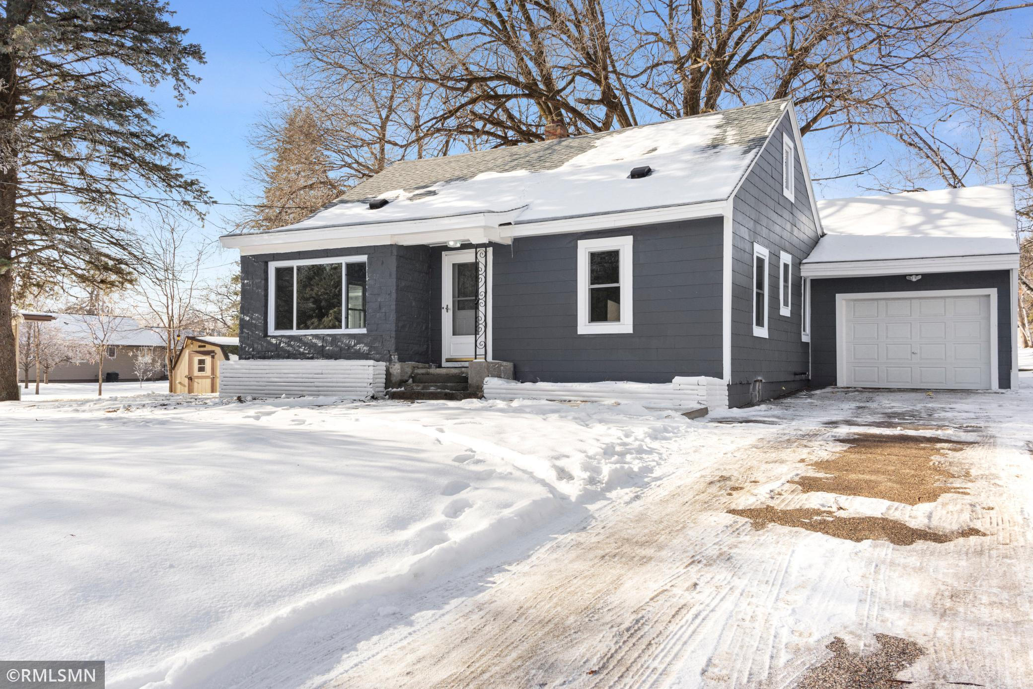 231 10th Street Property Photo - Albany, MN real estate listing