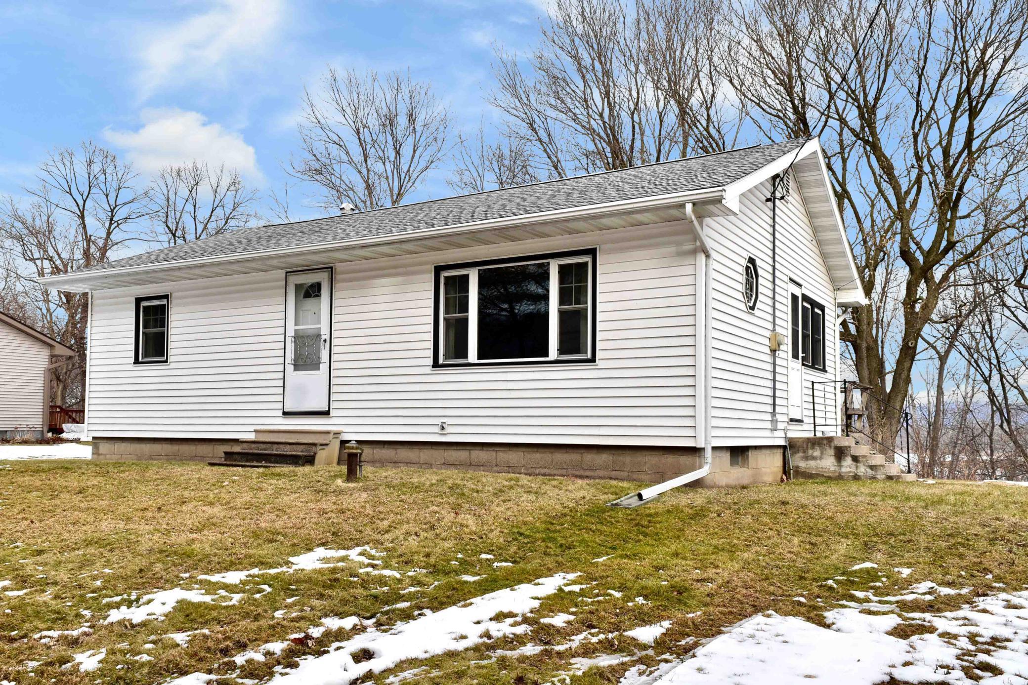 88 Wenonah Road Property Photo - Minnesota City, MN real estate listing