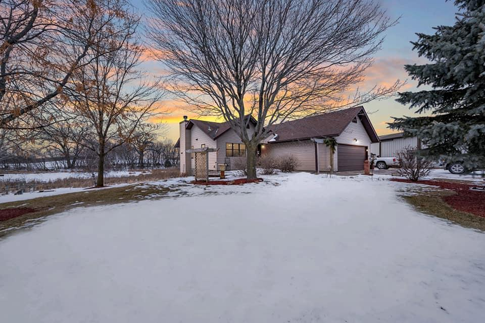 3062 Jackson Avenue Property Photo - Webster, MN real estate listing
