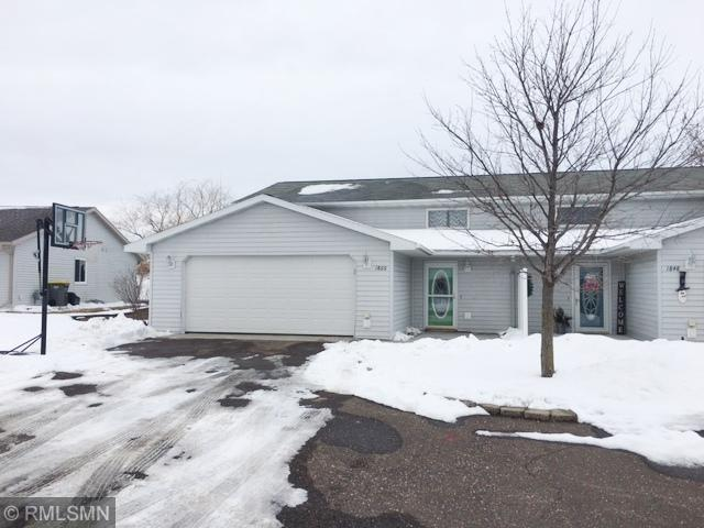 1860 Windmill Drive Property Photo - Baldwin, WI real estate listing