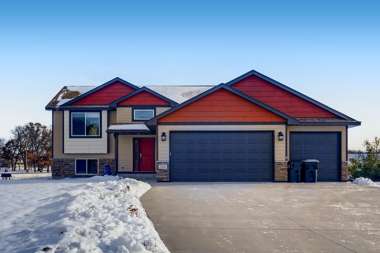 22885 Erskine Street NE Property Photo - East Bethel, MN real estate listing