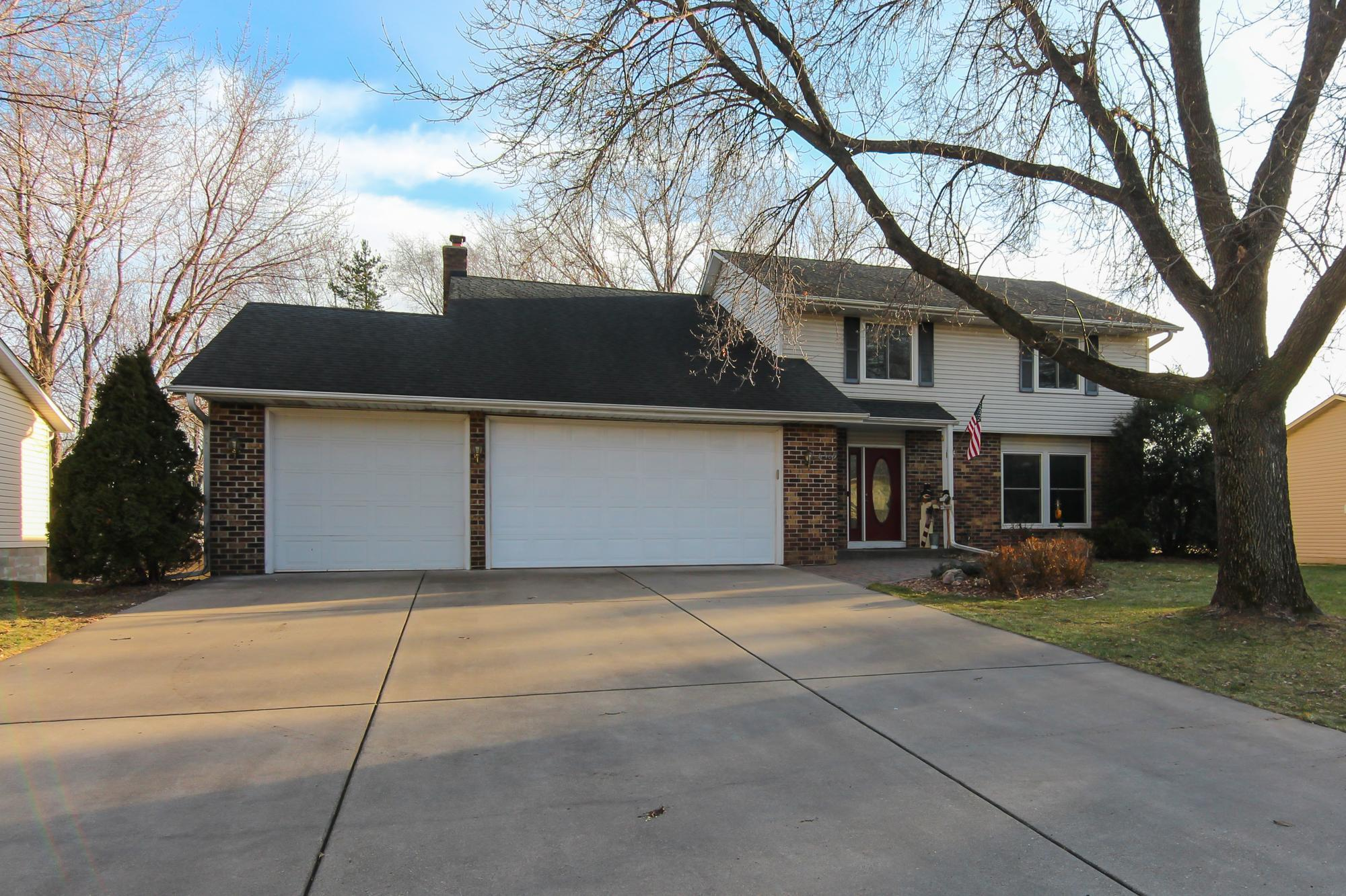 8309 W 103rd Street Property Photo - Bloomington, MN real estate listing