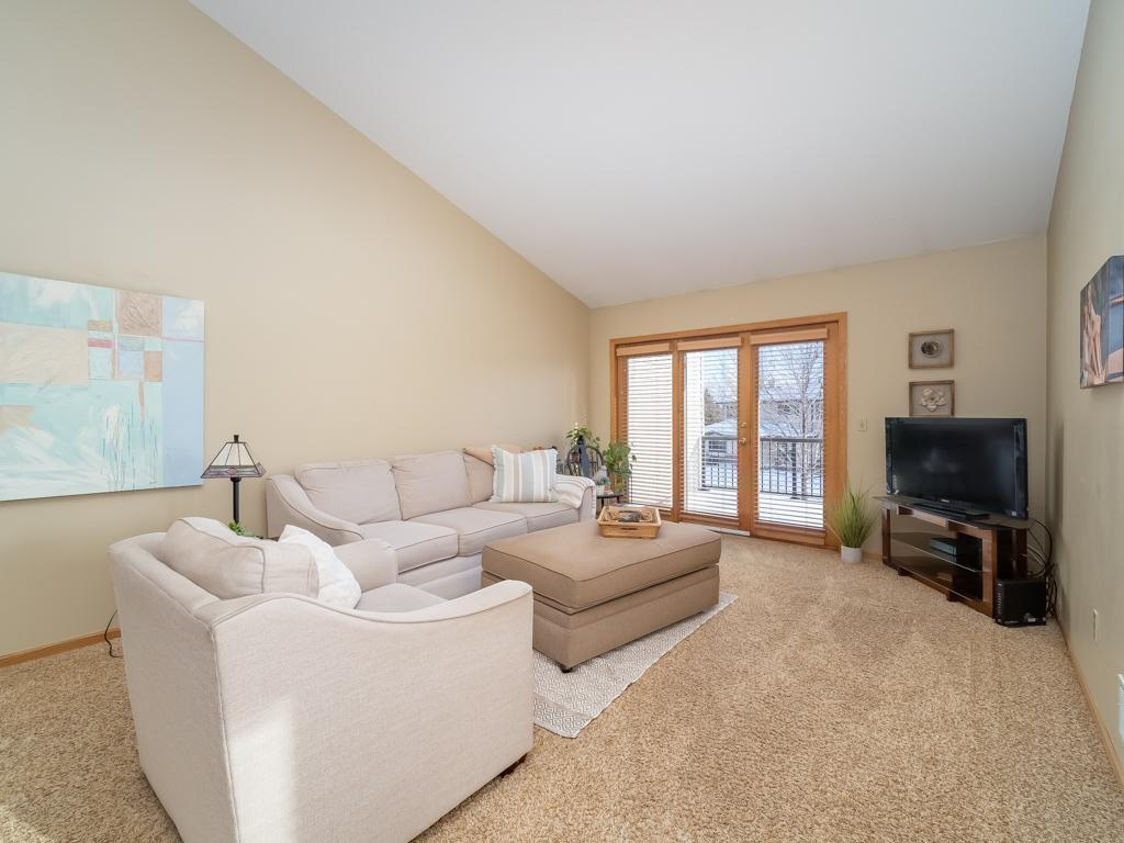 5500 Nathan Lane N #4 Property Photo - Plymouth, MN real estate listing