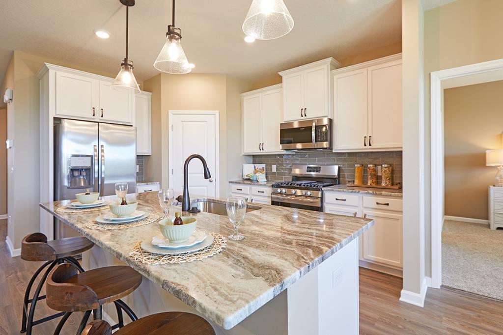 2392 Aloha Avenue Property Photo - Shakopee, MN real estate listing