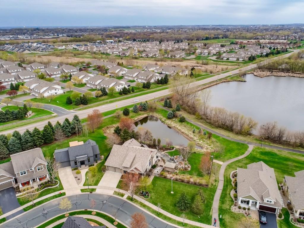 16867 E Lake Drive Property Photo