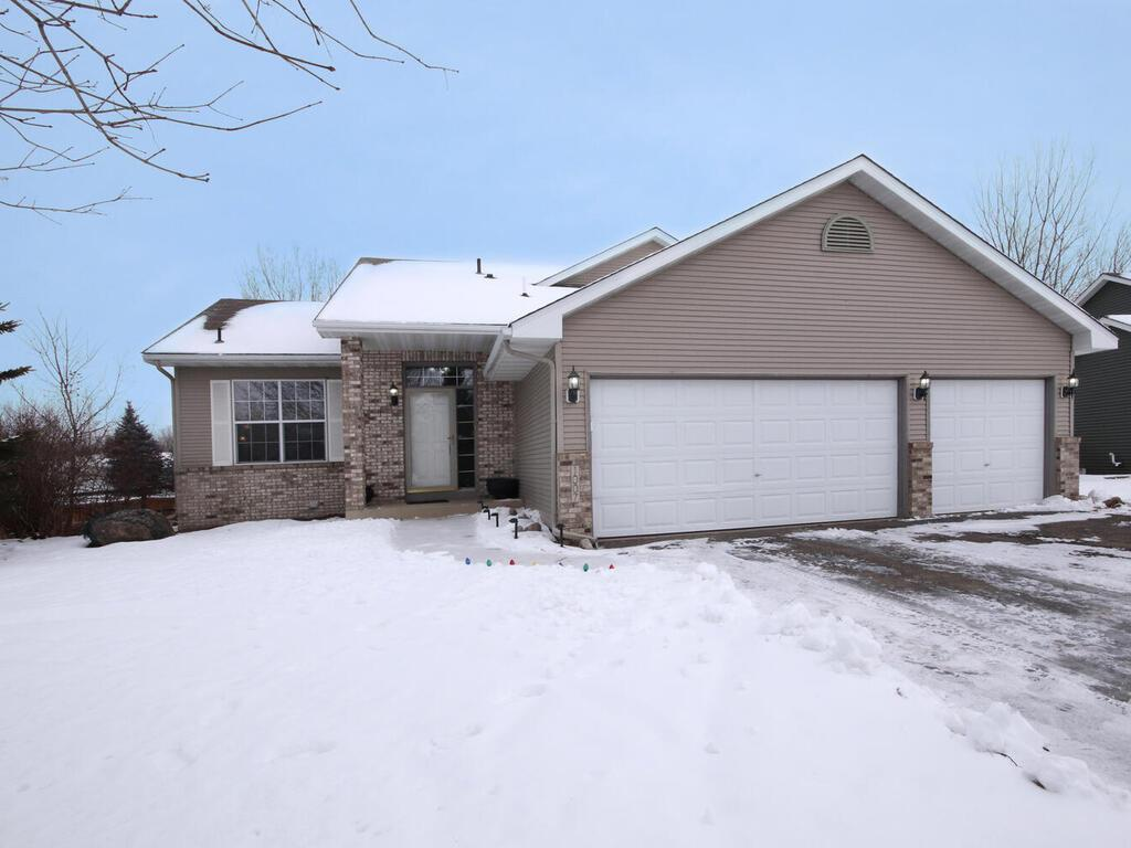 1007 Theresa Marie Drive Property Photo - Elko New Market, MN real estate listing