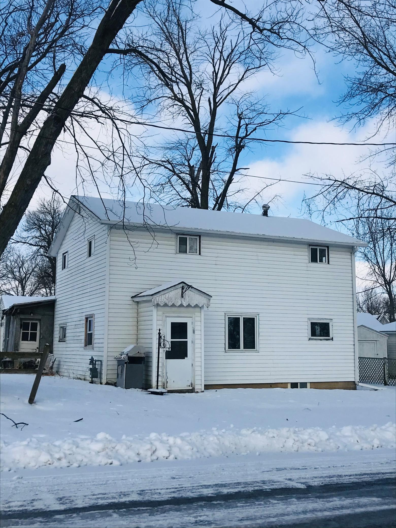 209 E Fremont Street Property Photo - Spring Valley, MN real estate listing