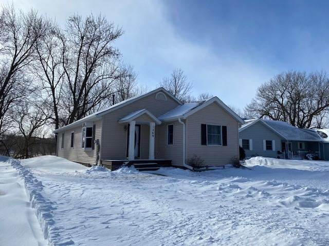 1269 River Road Property Photo - Windom, MN real estate listing