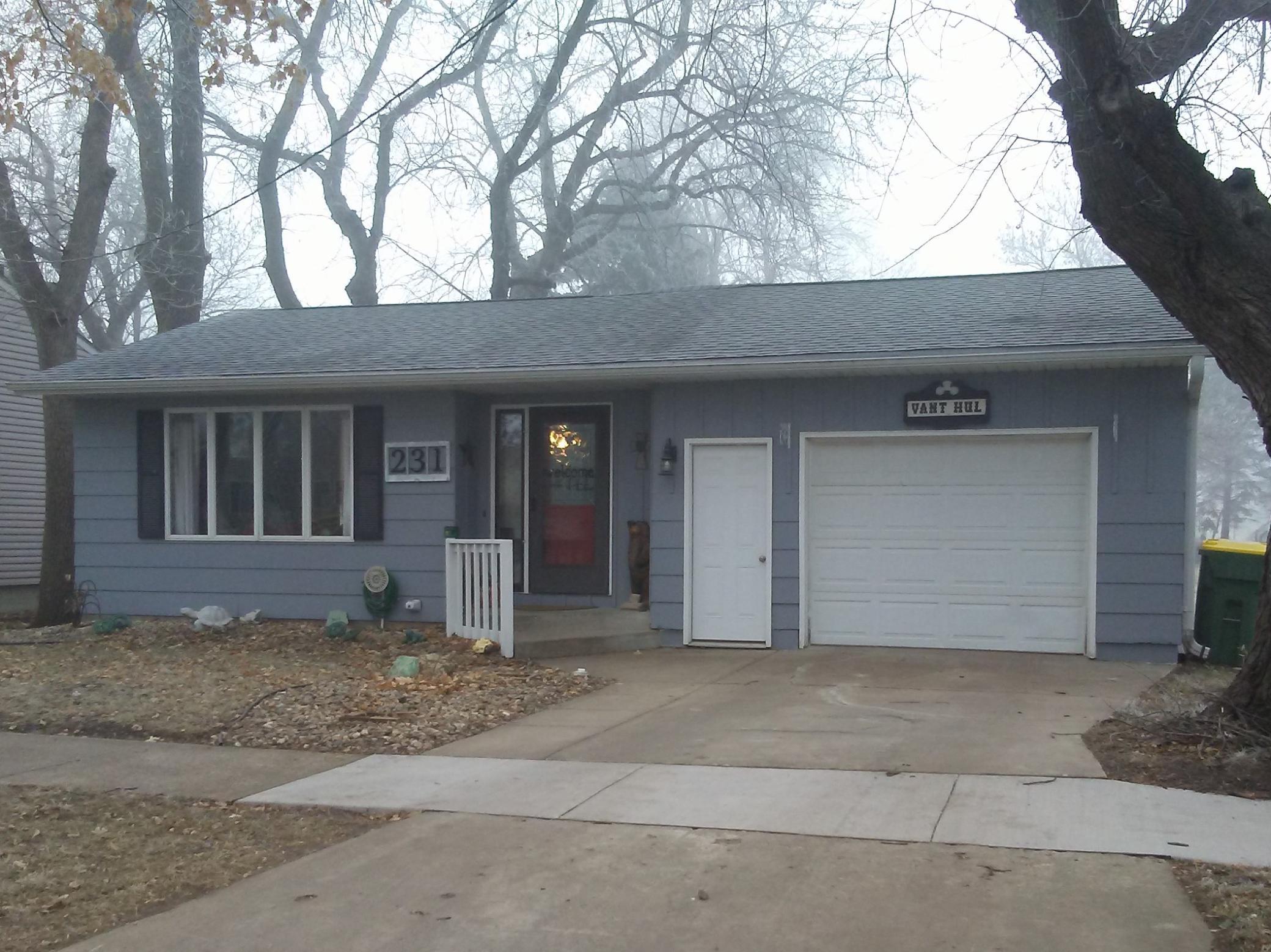 231 W Howard Street Property Photo - Edgerton, MN real estate listing