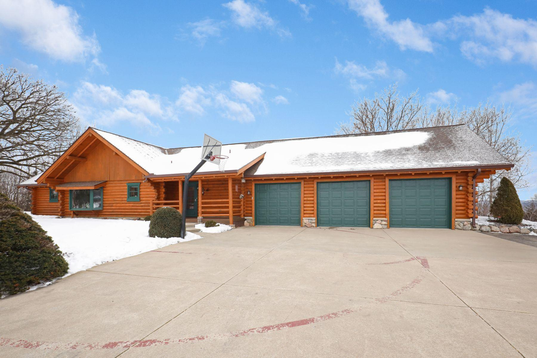 17100 Camber Court Property Photo - Sand Creek Twp, MN real estate listing
