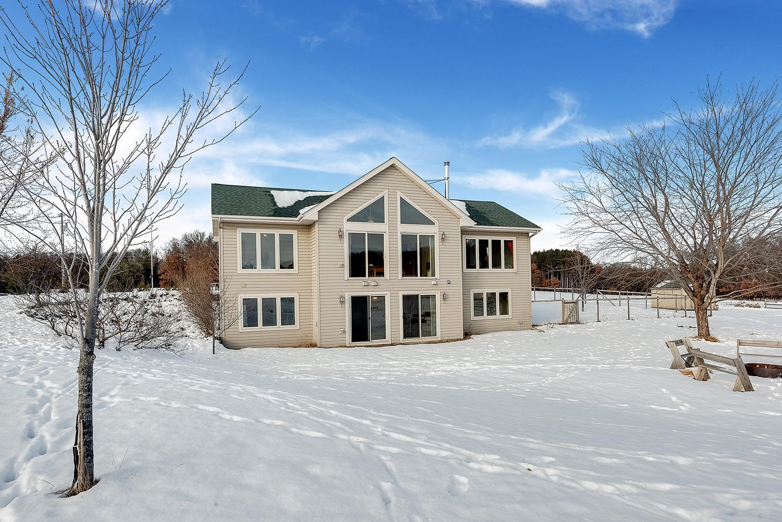 15229 River Road Property Photo - North Branch, MN real estate listing