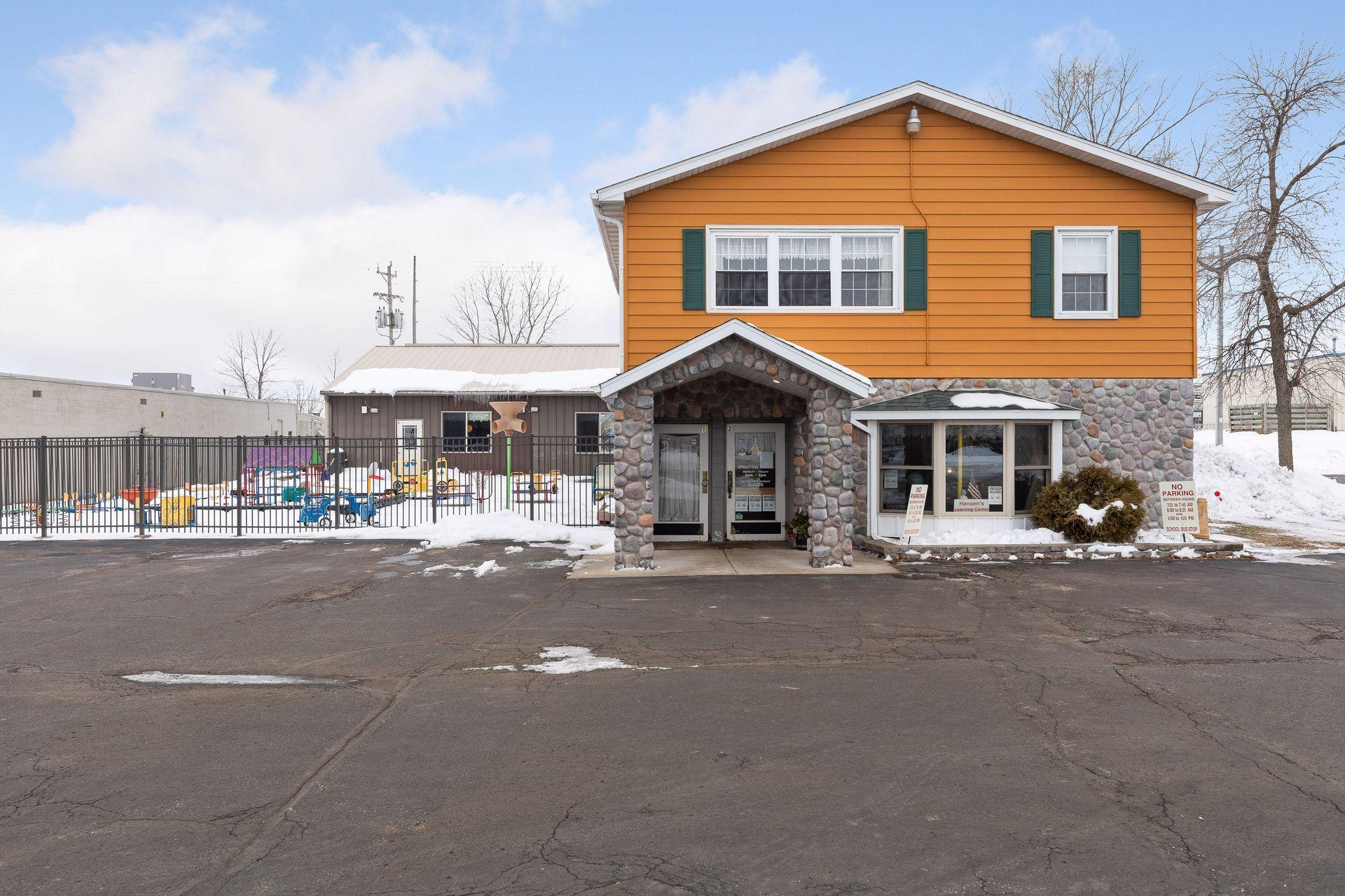 1111 N Knowles Avenue Property Photo - New Richmond, WI real estate listing
