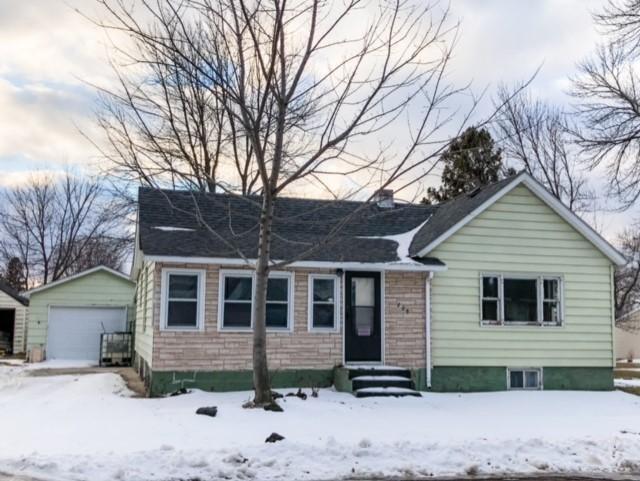 205 S Chestnut Street Property Photo - Ellsworth, MN real estate listing
