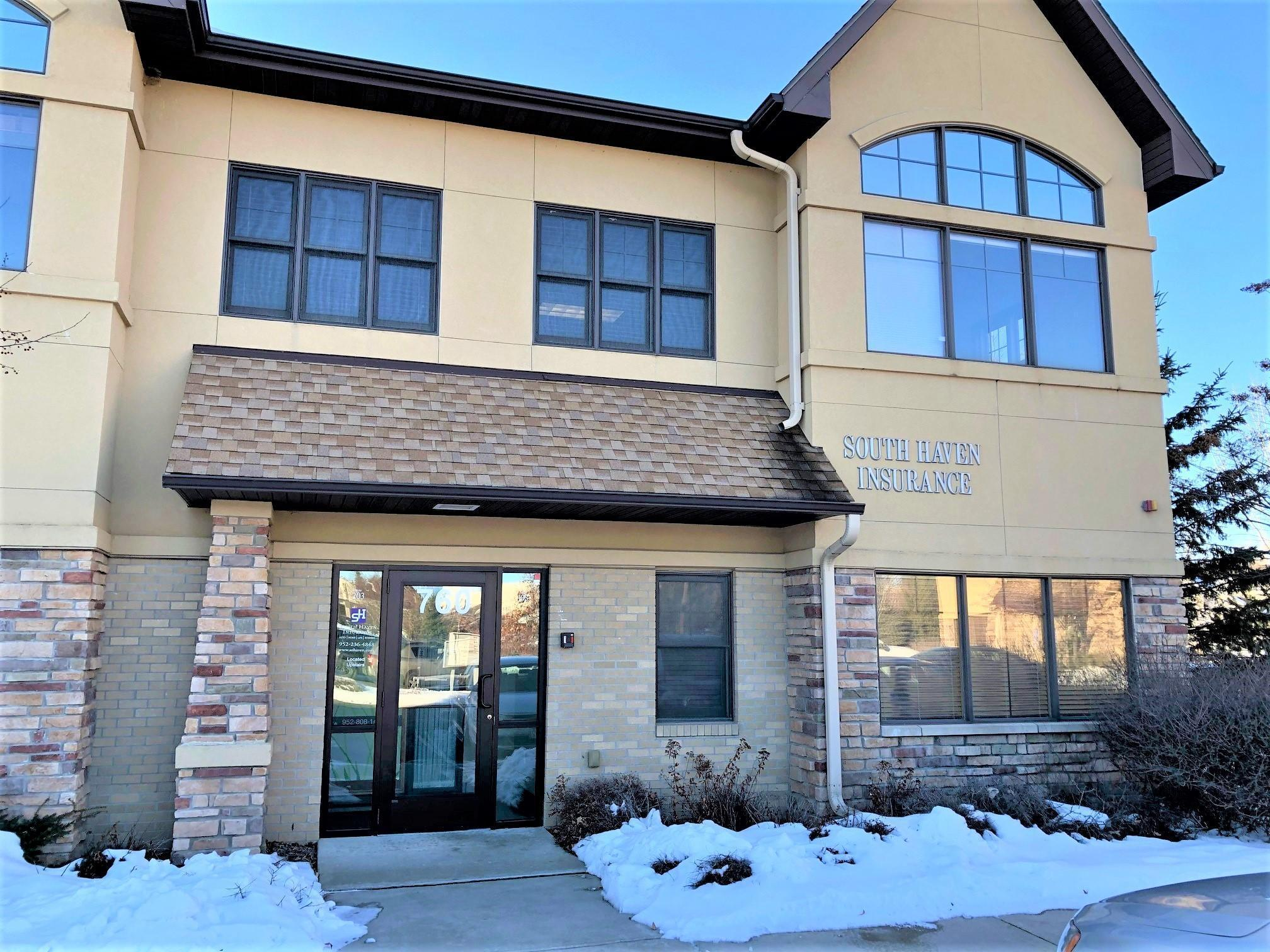 760 Southcross Drive W #103 Property Photo - Burnsville, MN real estate listing