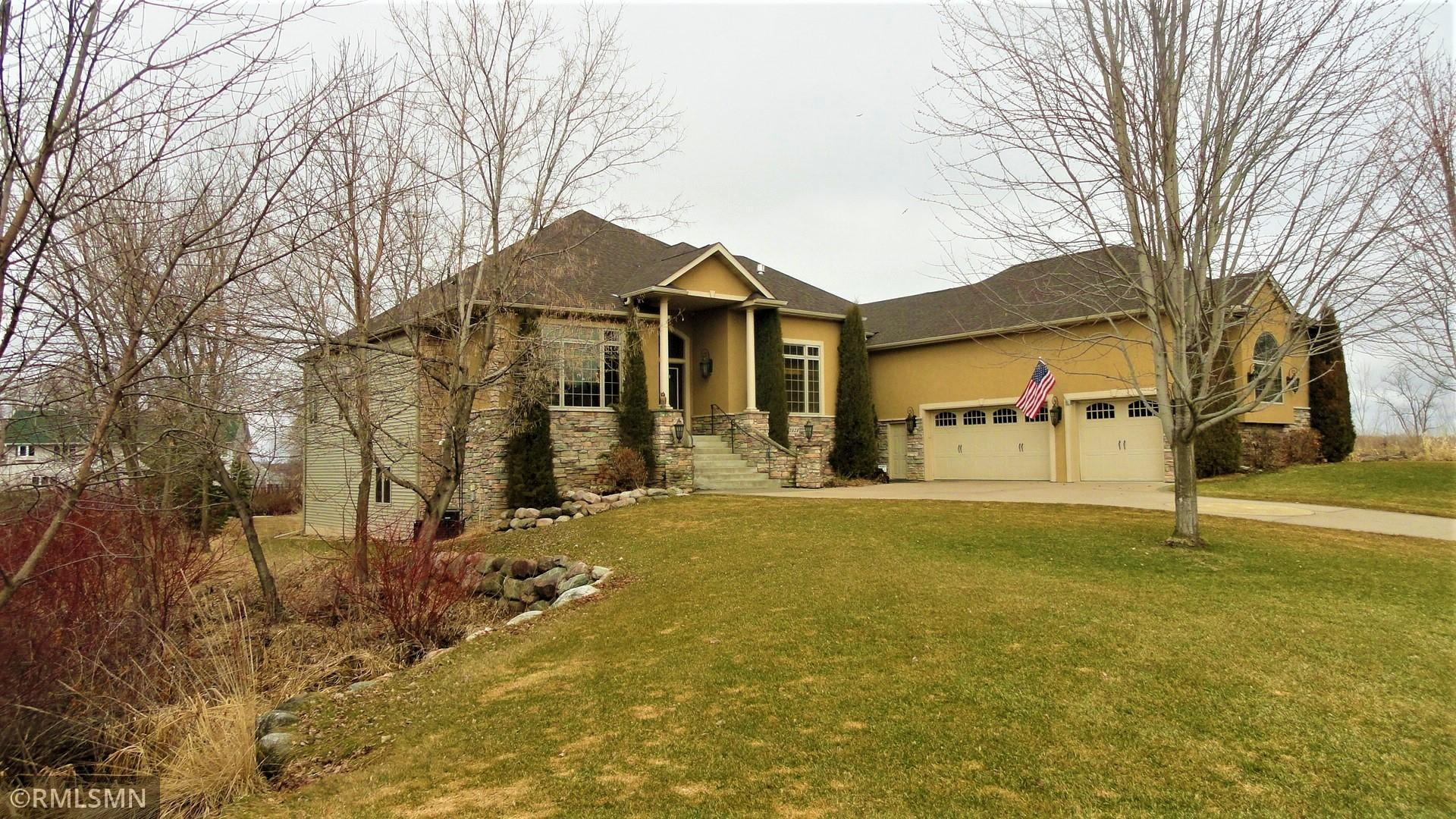 7323 Peltier Circle Property Photo - Centerville, MN real estate listing