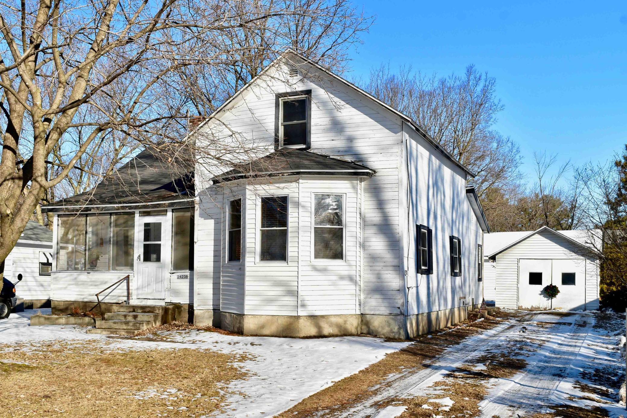 24238 5th Street Property Photo - Trempealeau, WI real estate listing