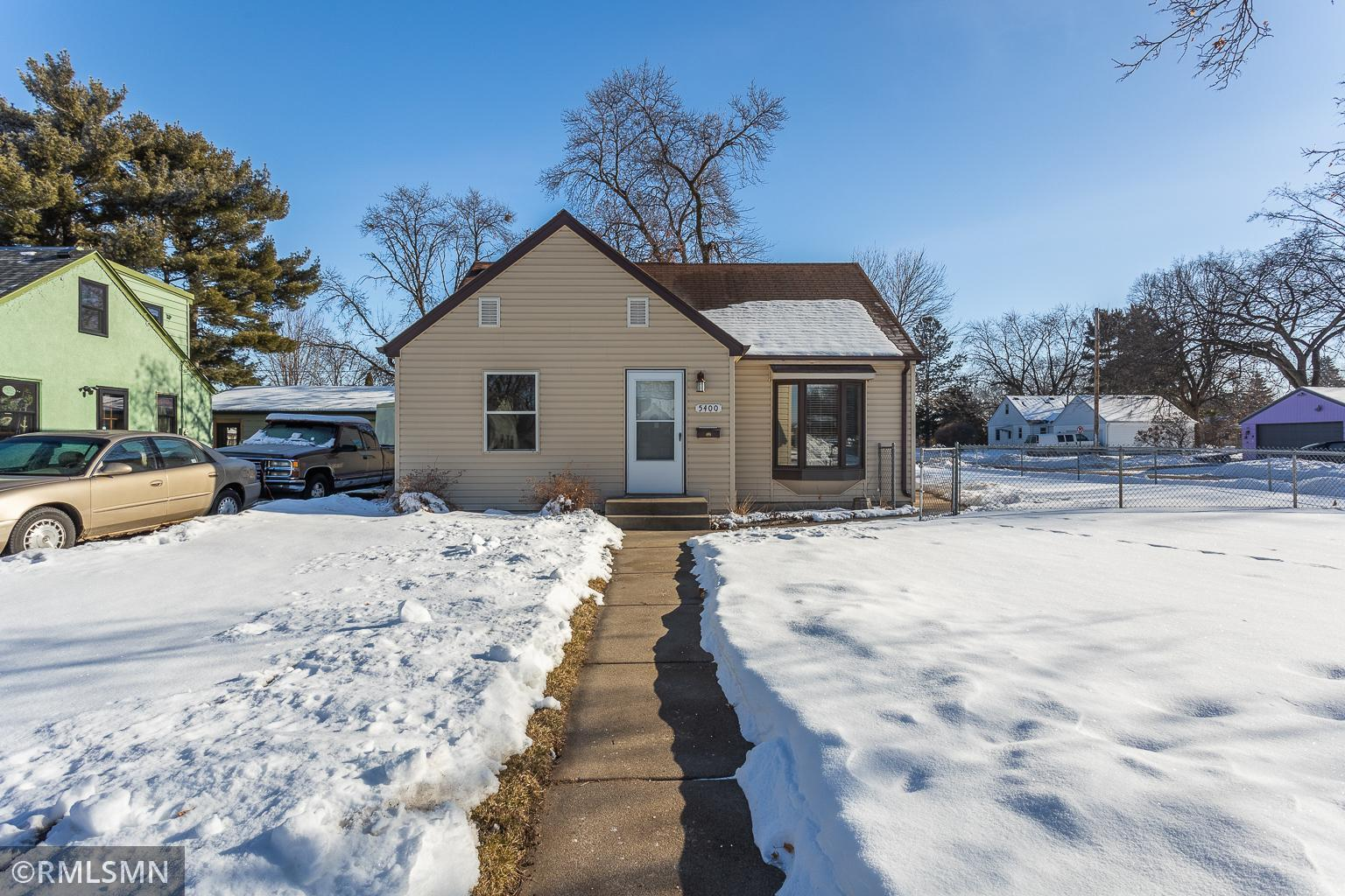 5400 Hampshire Avenue N Property Photo - Crystal, MN real estate listing