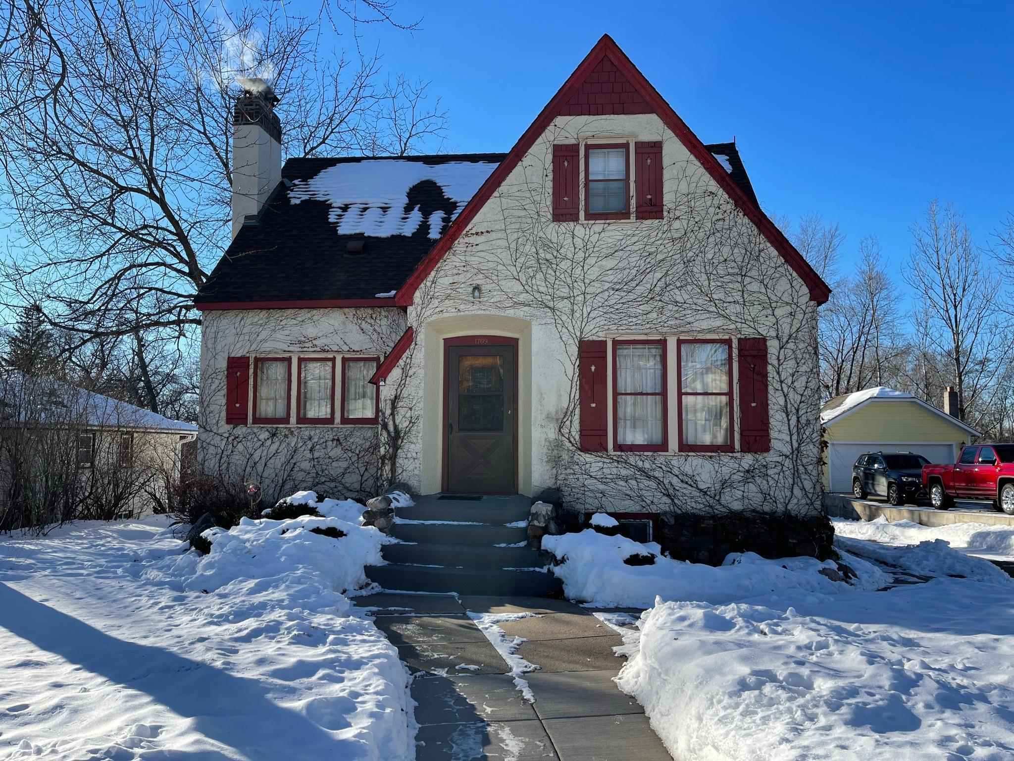 1709 3rd Avenue Property Photo - Anoka, MN real estate listing