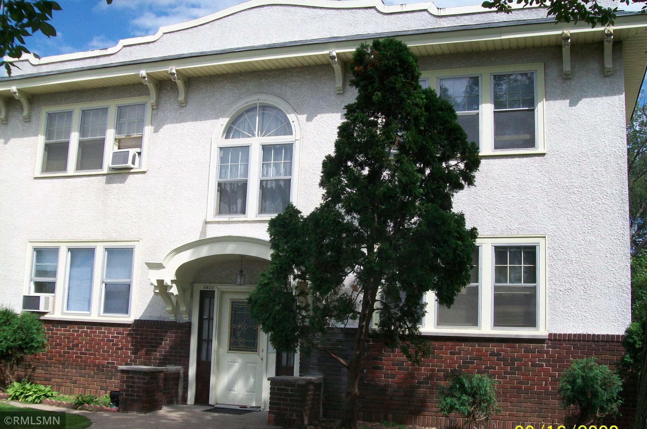 3923 Chicago Avenue Property Photo