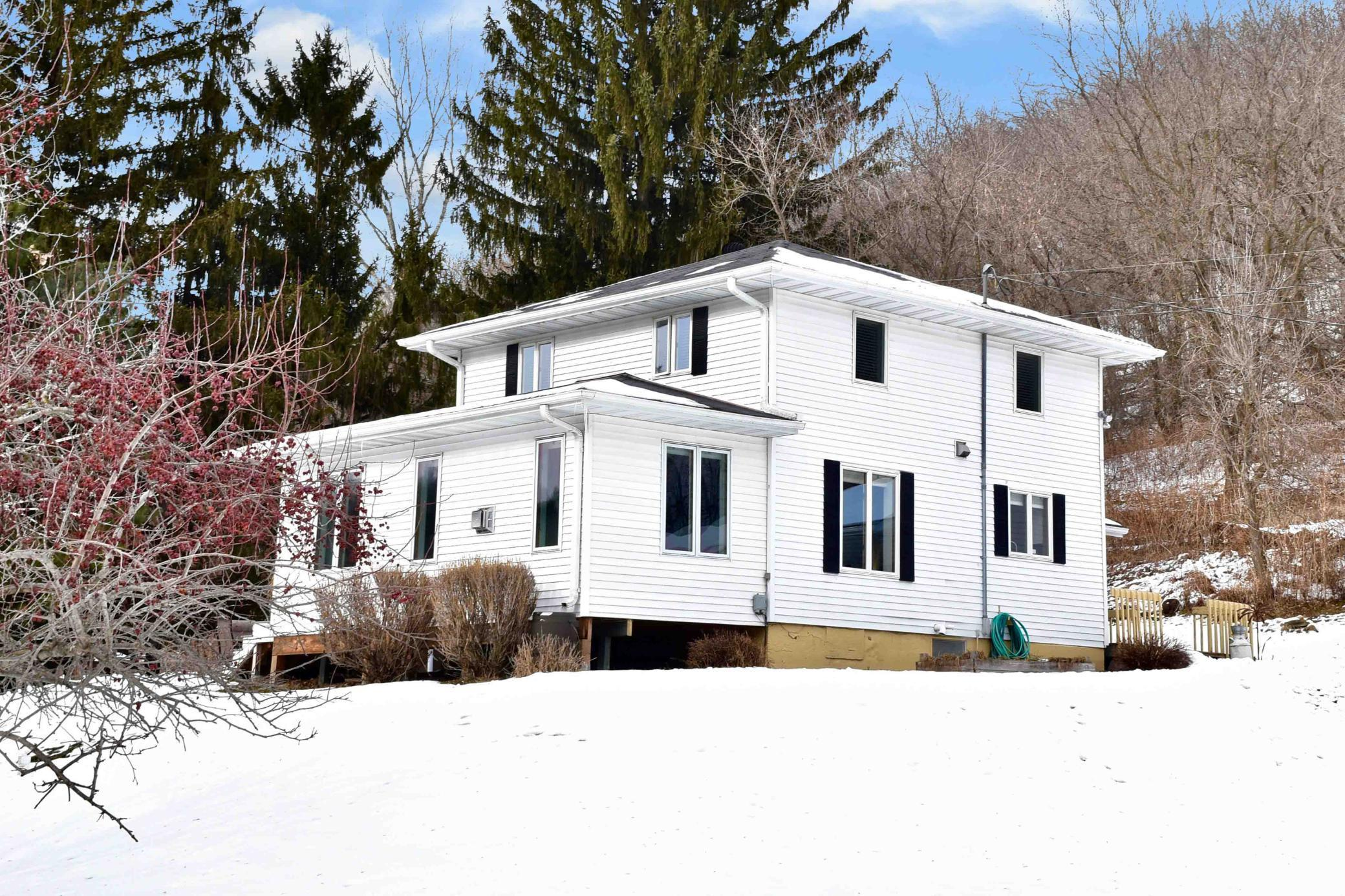27226 Little Trout Valley Road Property Photo - Winona, MN real estate listing