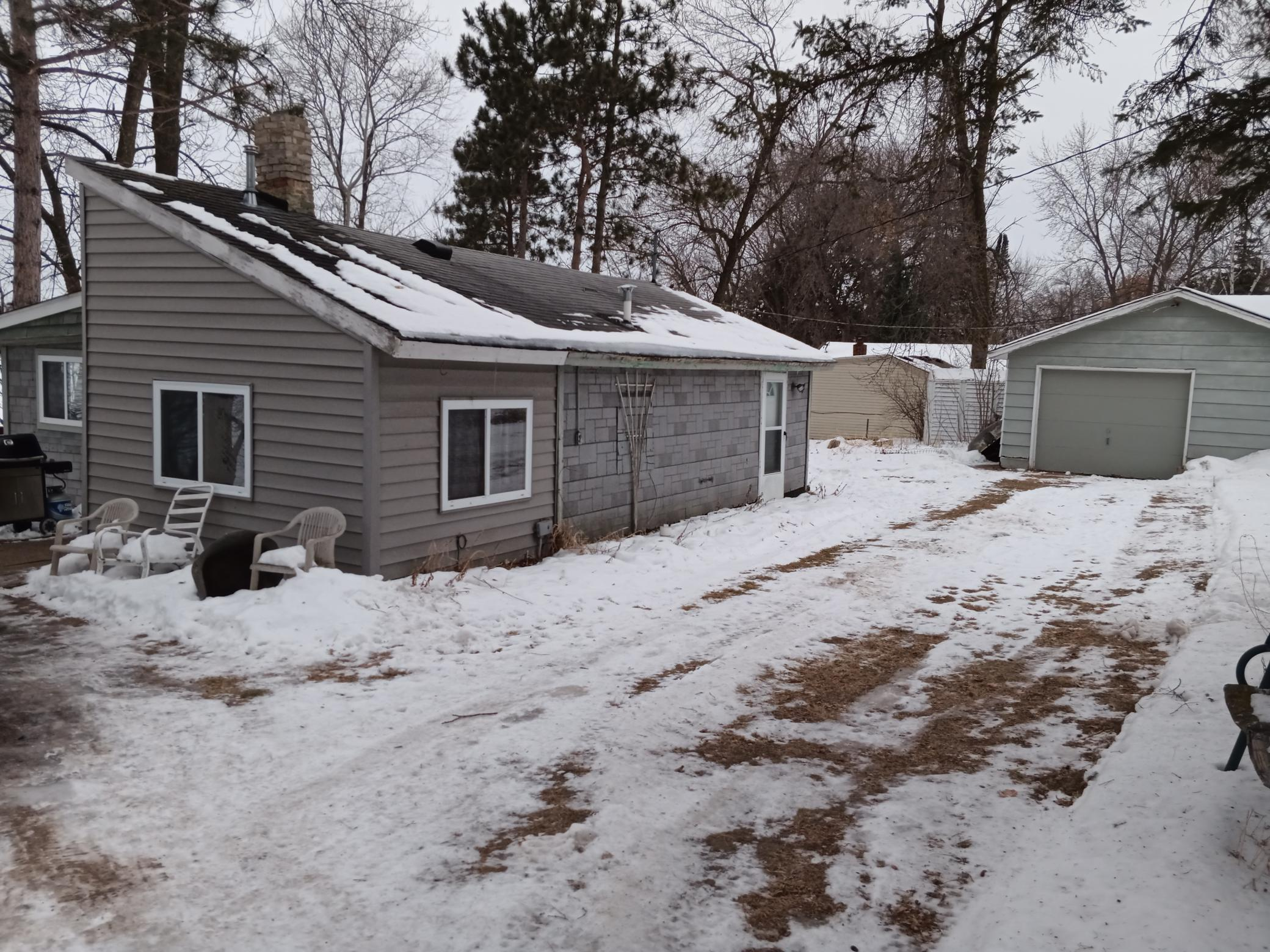 32510 N Center Court Property Photo - Center City, MN real estate listing