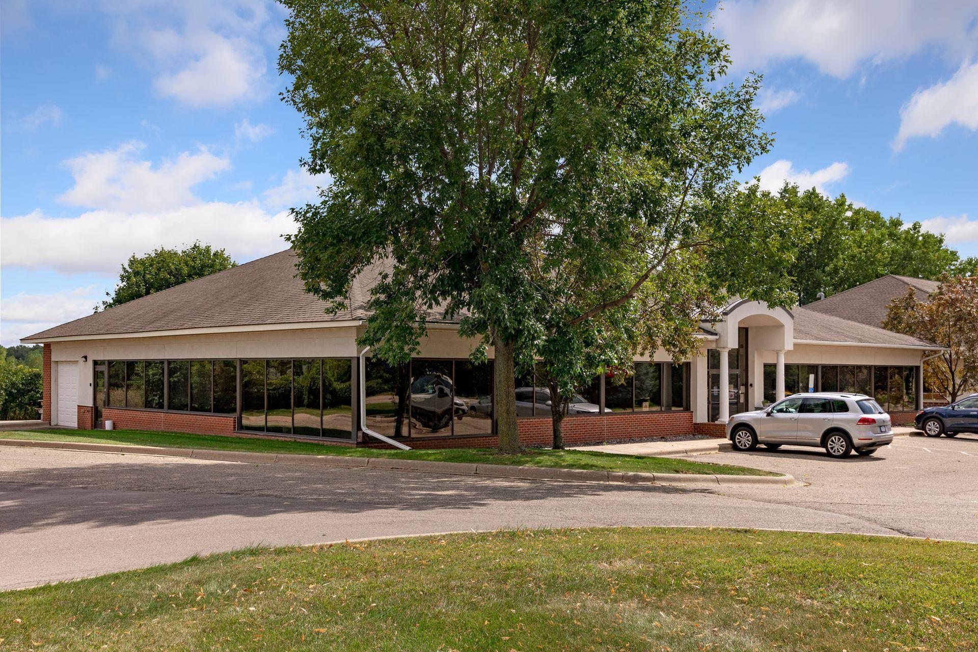 2510 Lexington Avenue S Property Photo