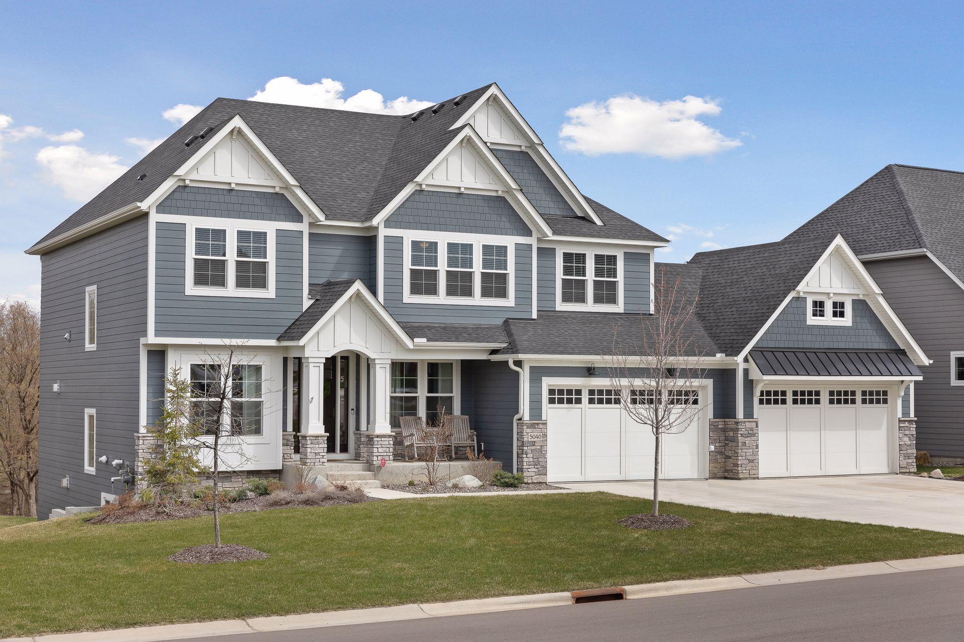 5040 Zircon Lane N Property Photo