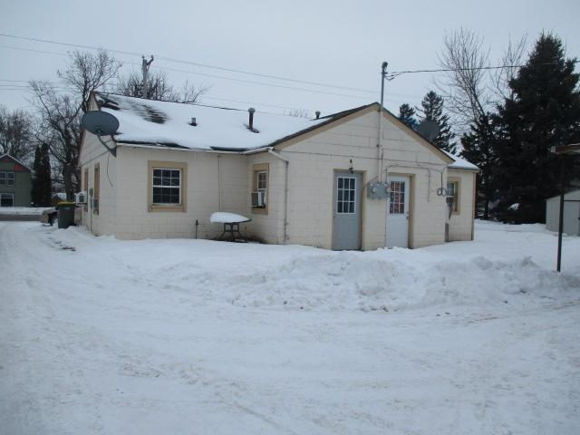 855 Broadway Street Property Photo - Hammond, WI real estate listing