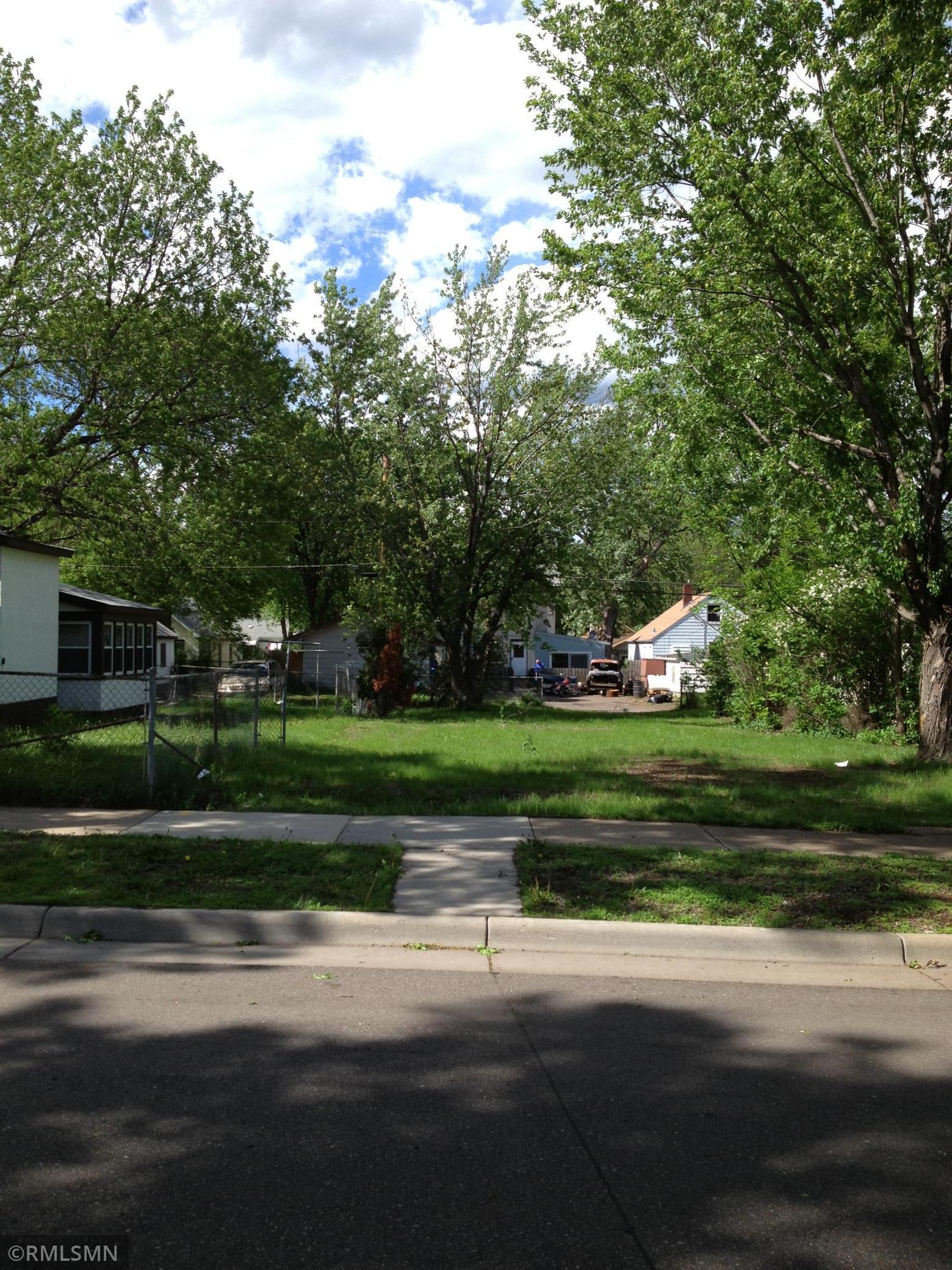 1091 Cook Avenue E Property Photo - Saint Paul, MN real estate listing