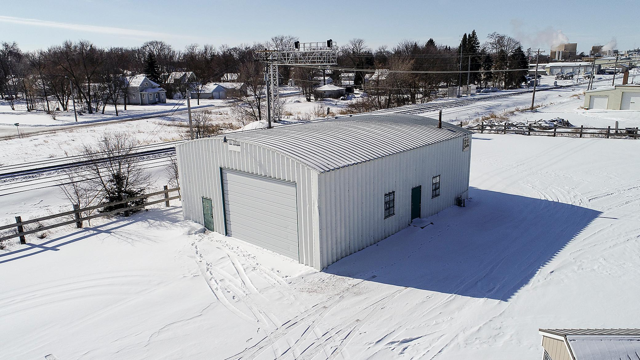 480 US Hwy 12 E Property Photo - Litchfield, MN real estate listing