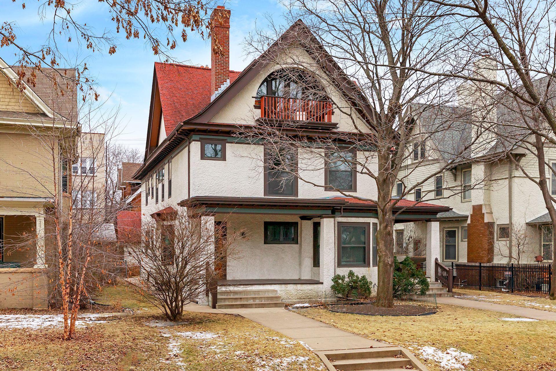 2737 Irving Avenue S #2 Property Photo